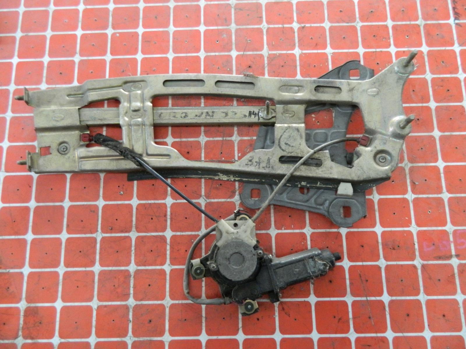 Механизм стекло-подъёмника. Toyota Crown UZS141 задний левый (б/у)
