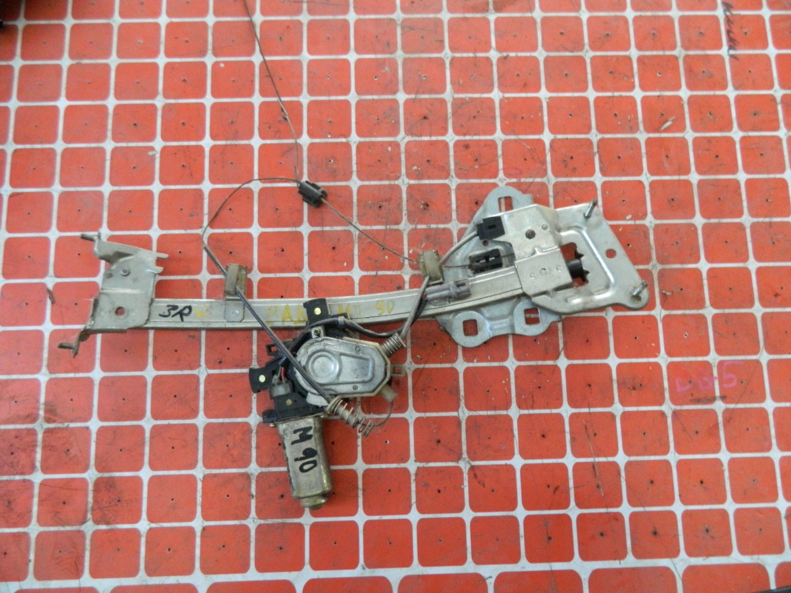 Механизм стекло-подъёмника. Toyota Mark 2 GX90 задний правый (б/у)