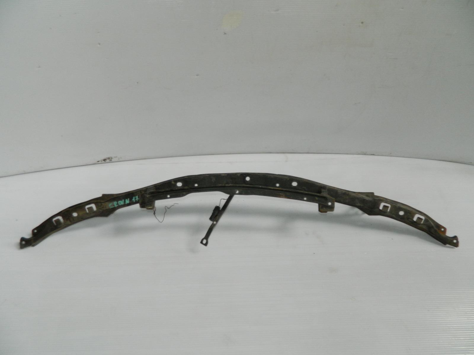 Усилитель бампера Toyota Crown JZS171 передний (б/у)