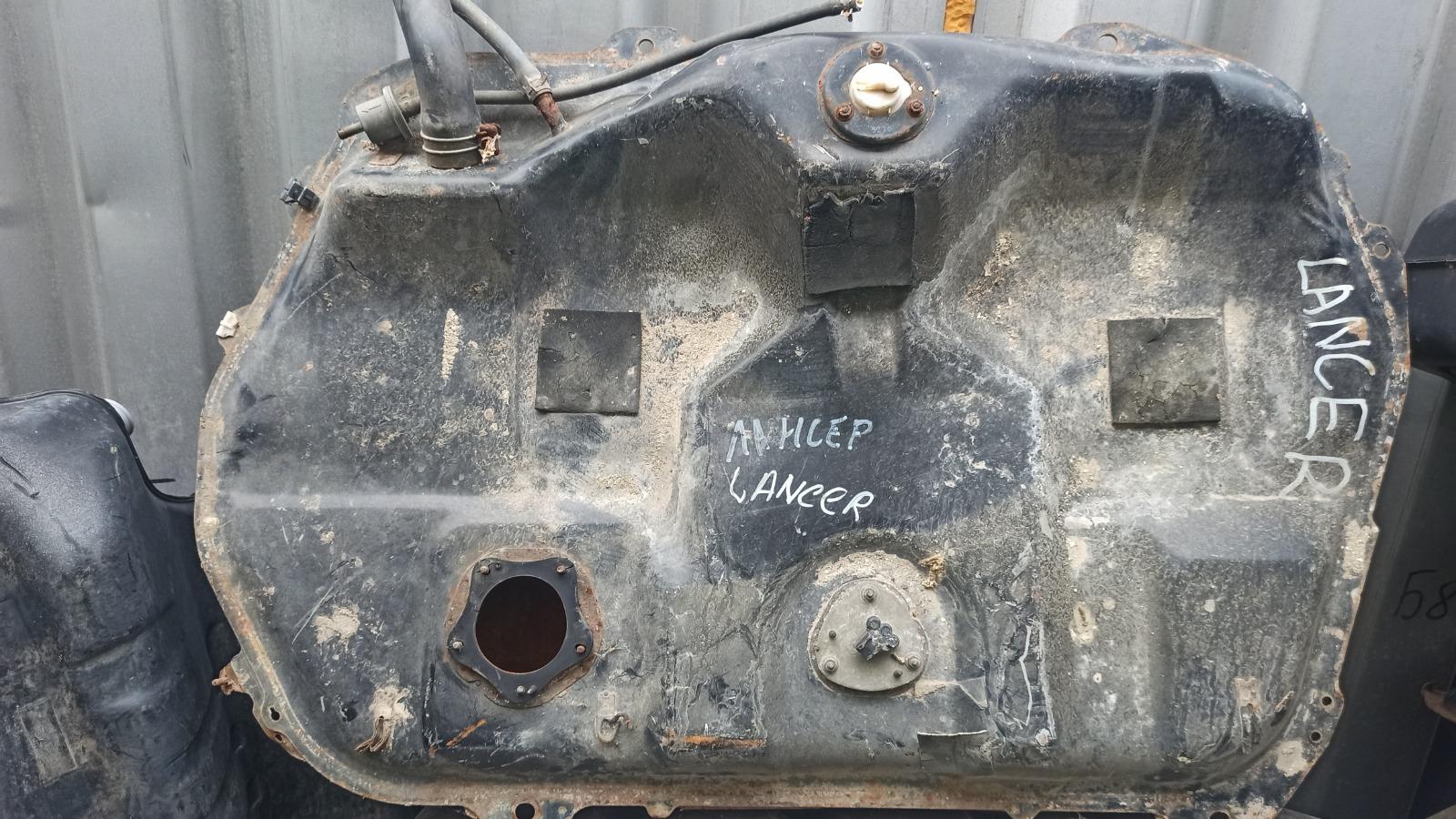 Бензобак Mitsubishi Lancer 9 (б/у)