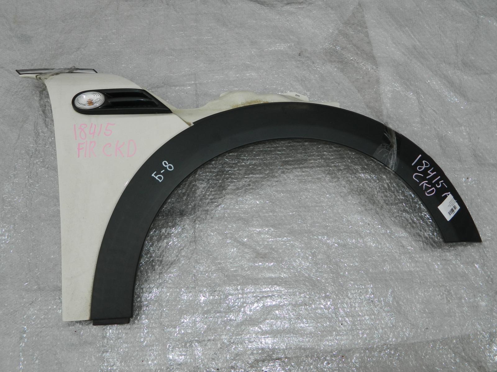 Крыло Mini Cooper R56 переднее правое (б/у)