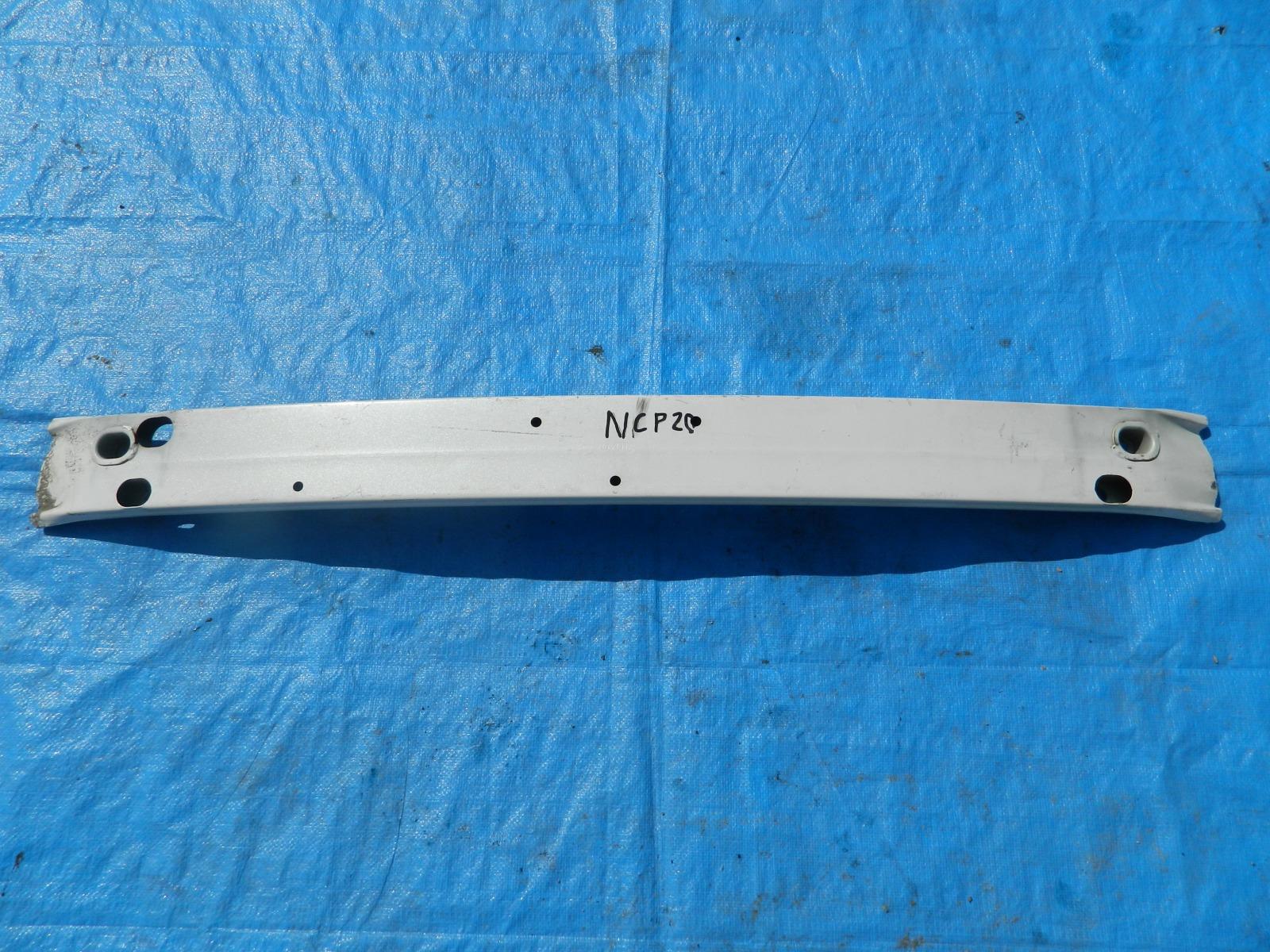 Усилитель бампера Toyota Funcargo NCP20 (б/у)