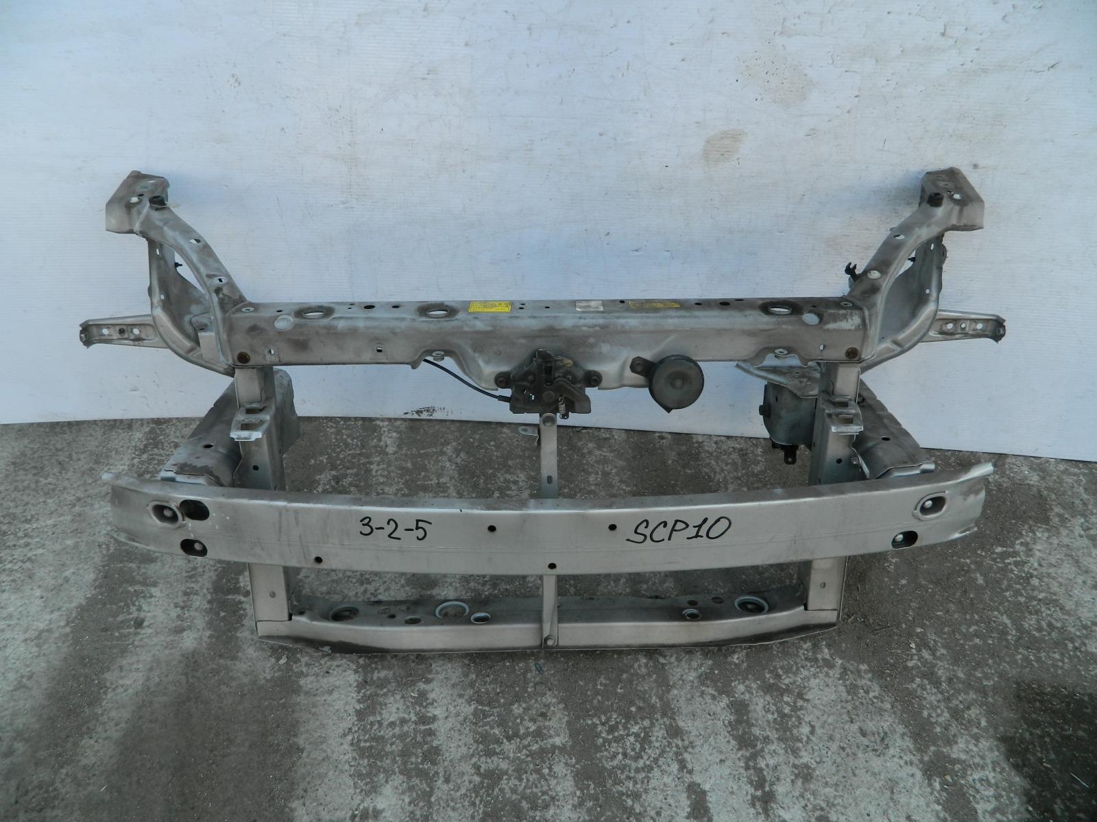 Рамка радиатора Toyota Vitz SCP10 (б/у)