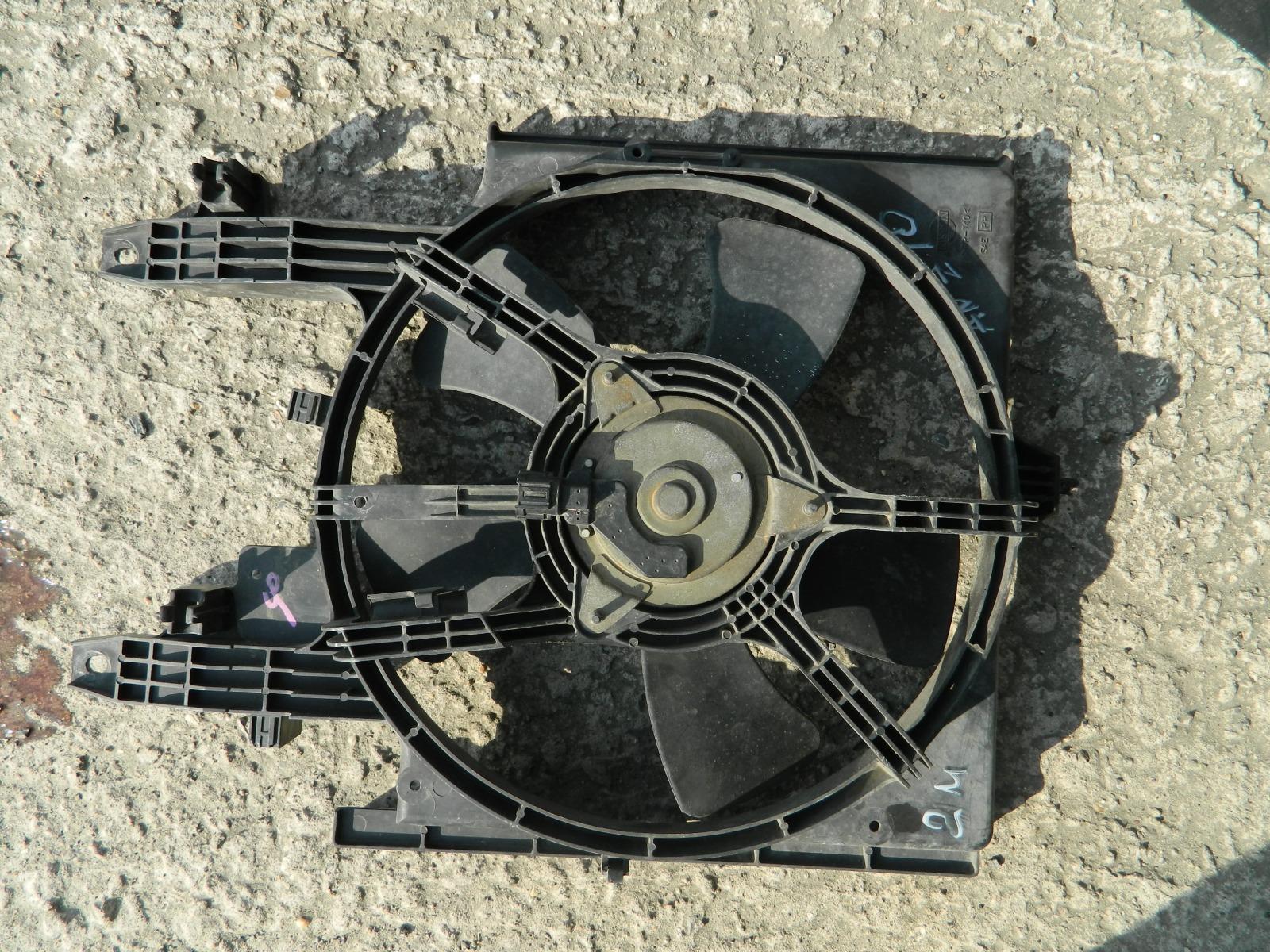 Диффузор радиатора Nissan Cube ANZ10 (б/у)