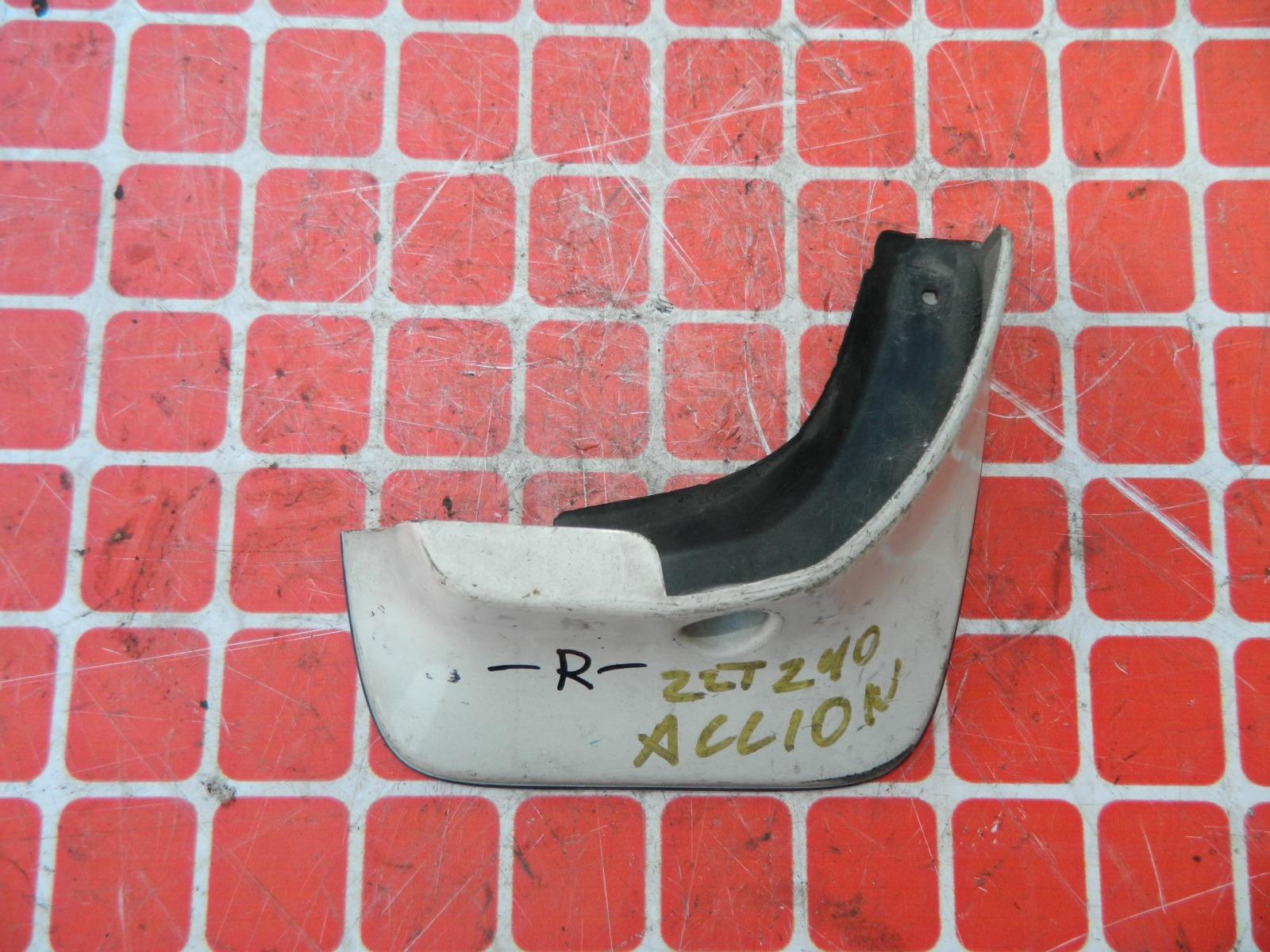 Брызговик Toyota Allion AZT240 передний правый (б/у)