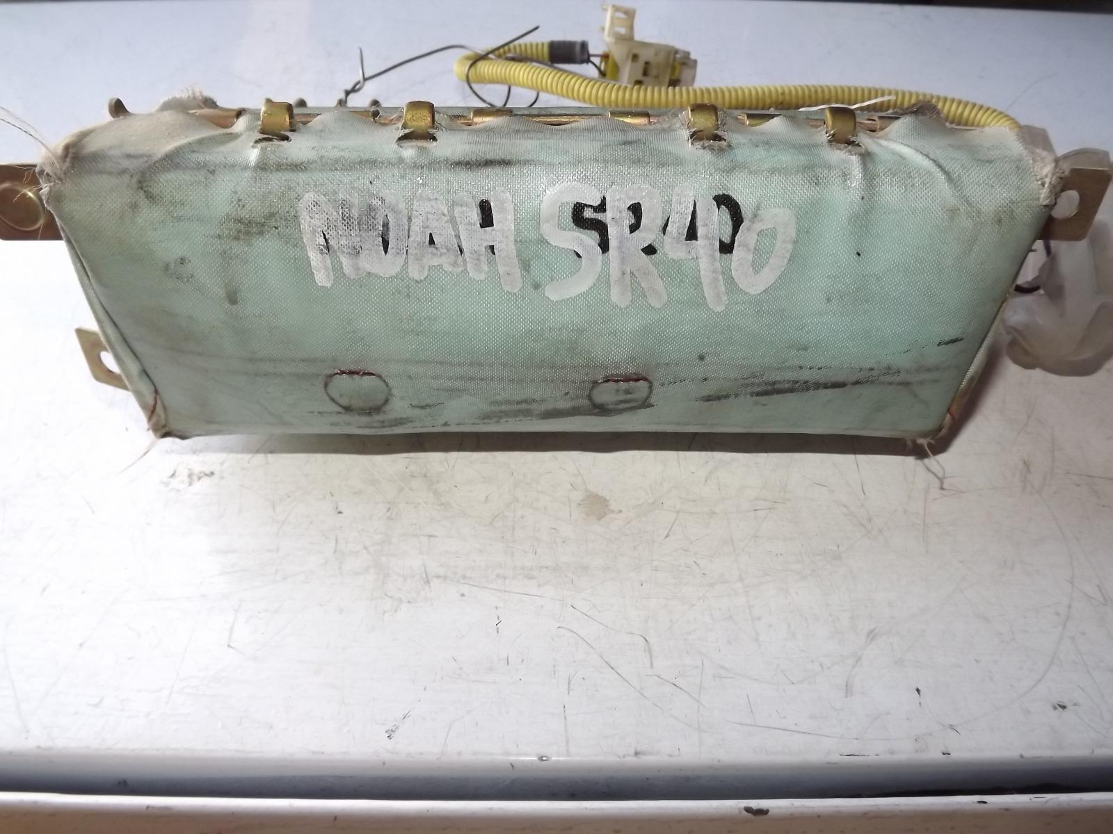 Подушка безопасности Toyota Noah CR40 (б/у)