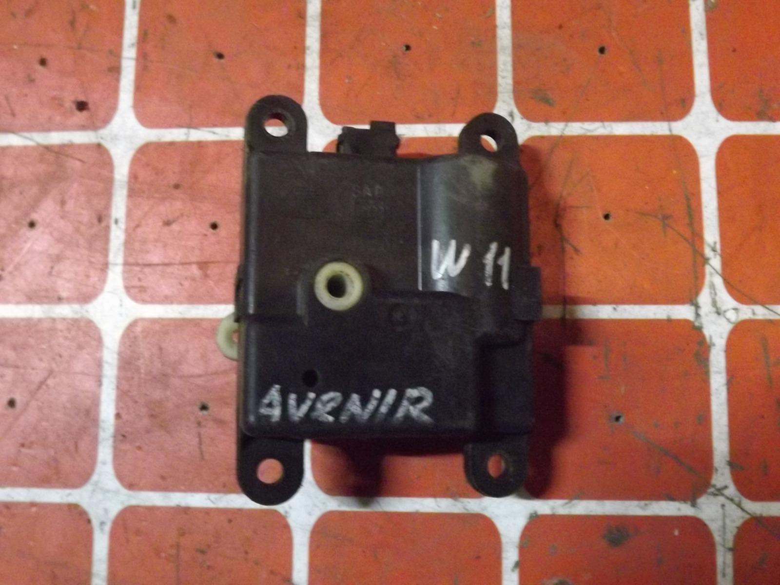 Сервопривод заслонки печки Nissan Avenir W11 (б/у)