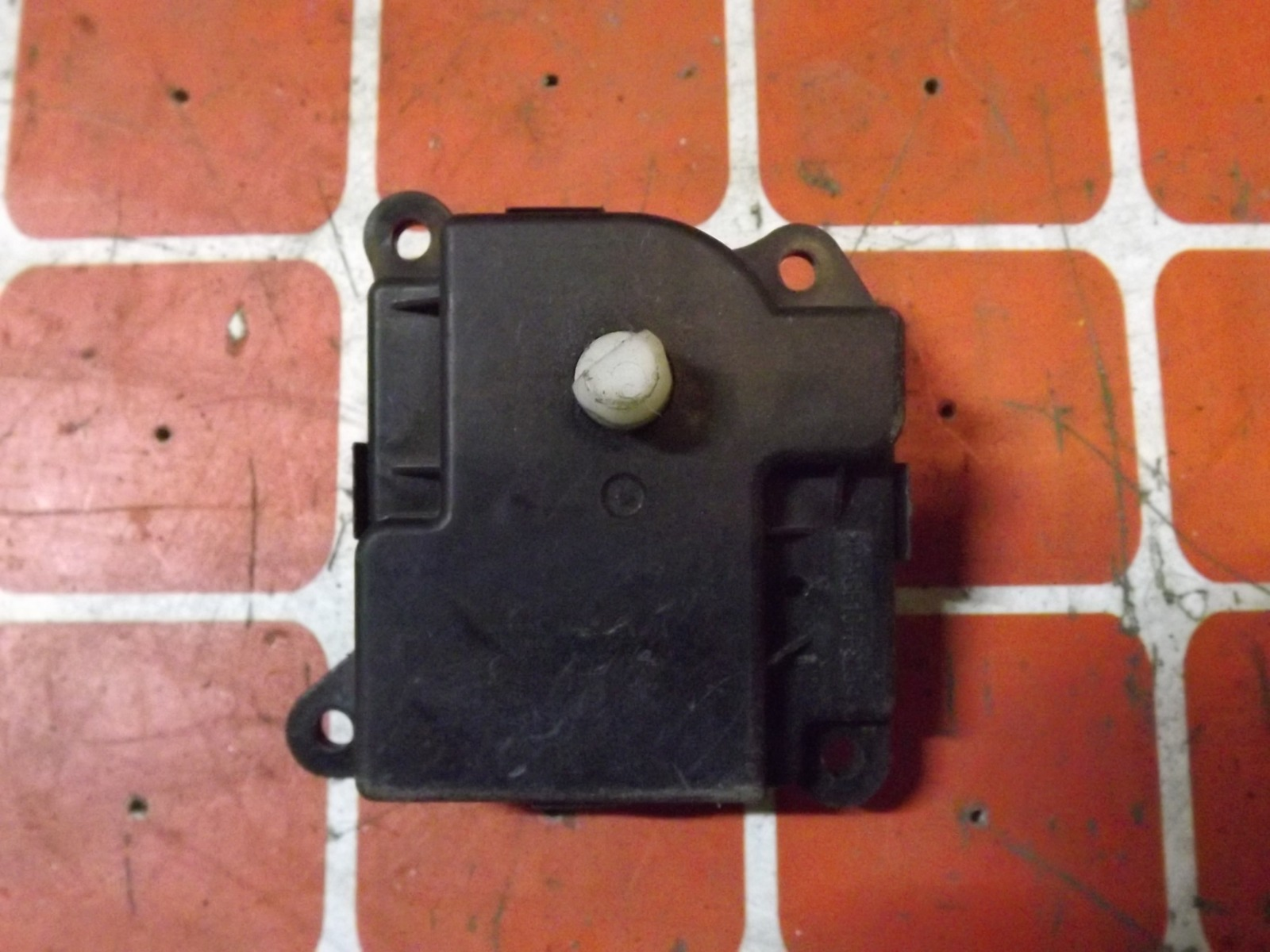 Сервопривод заслонки печки Suzuki Grand Vitara TD54 (б/у)