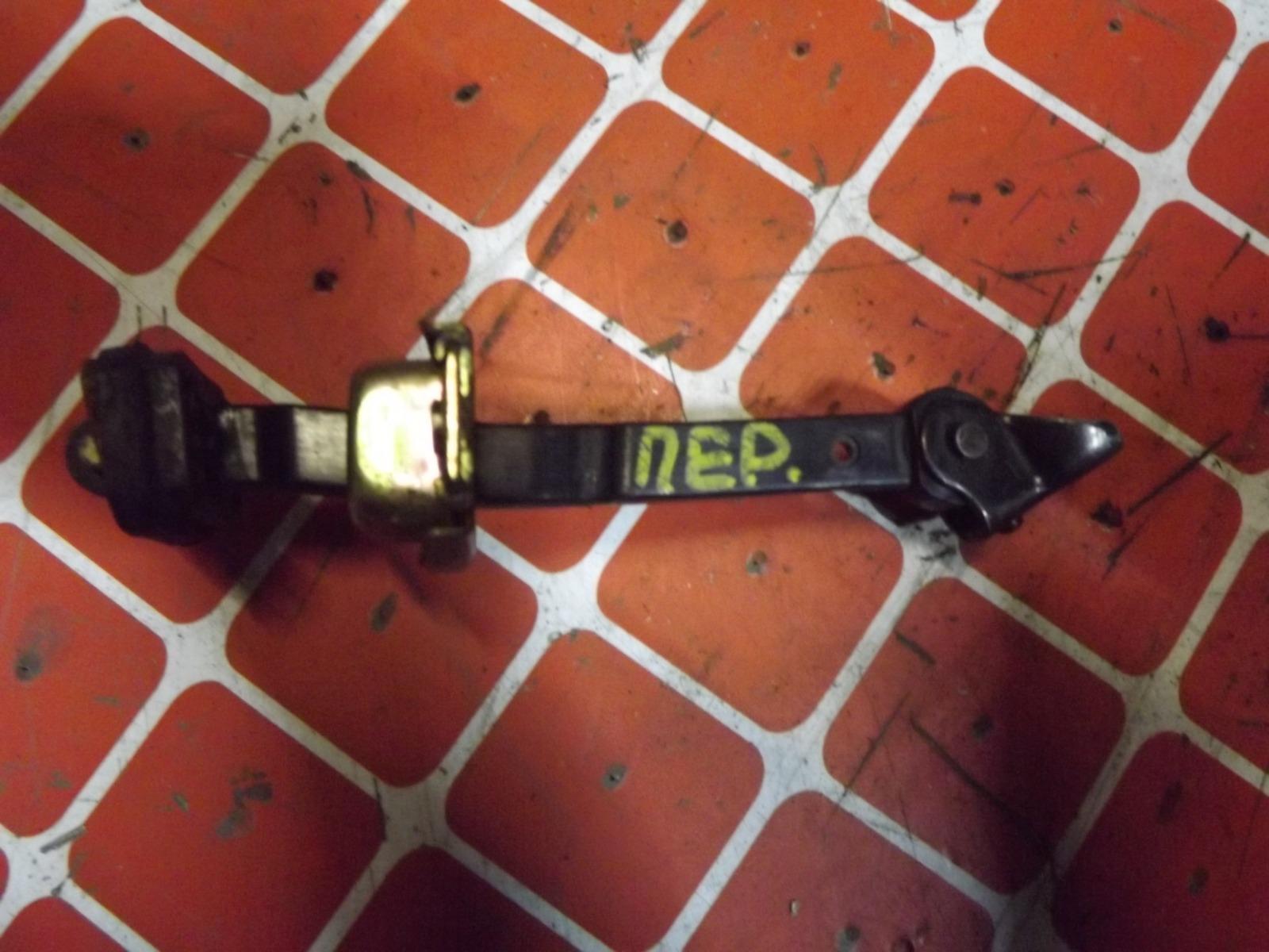 Ограничитель двери Honda Fit GD1 передний (б/у)