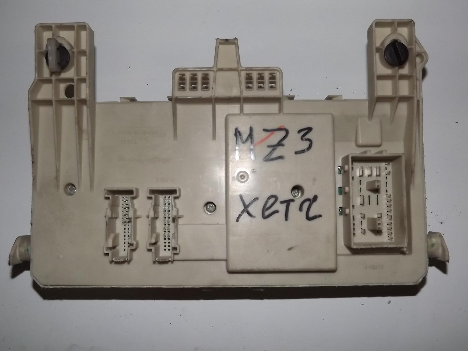 Блок предохранителей Mazda 3 LF (б/у)