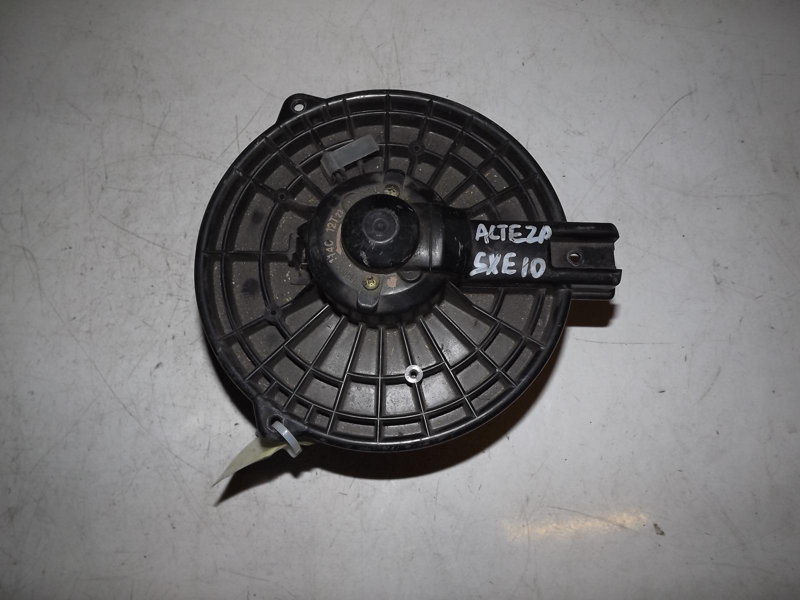 Мотор печки Toyota Altezza SXE10 (б/у)
