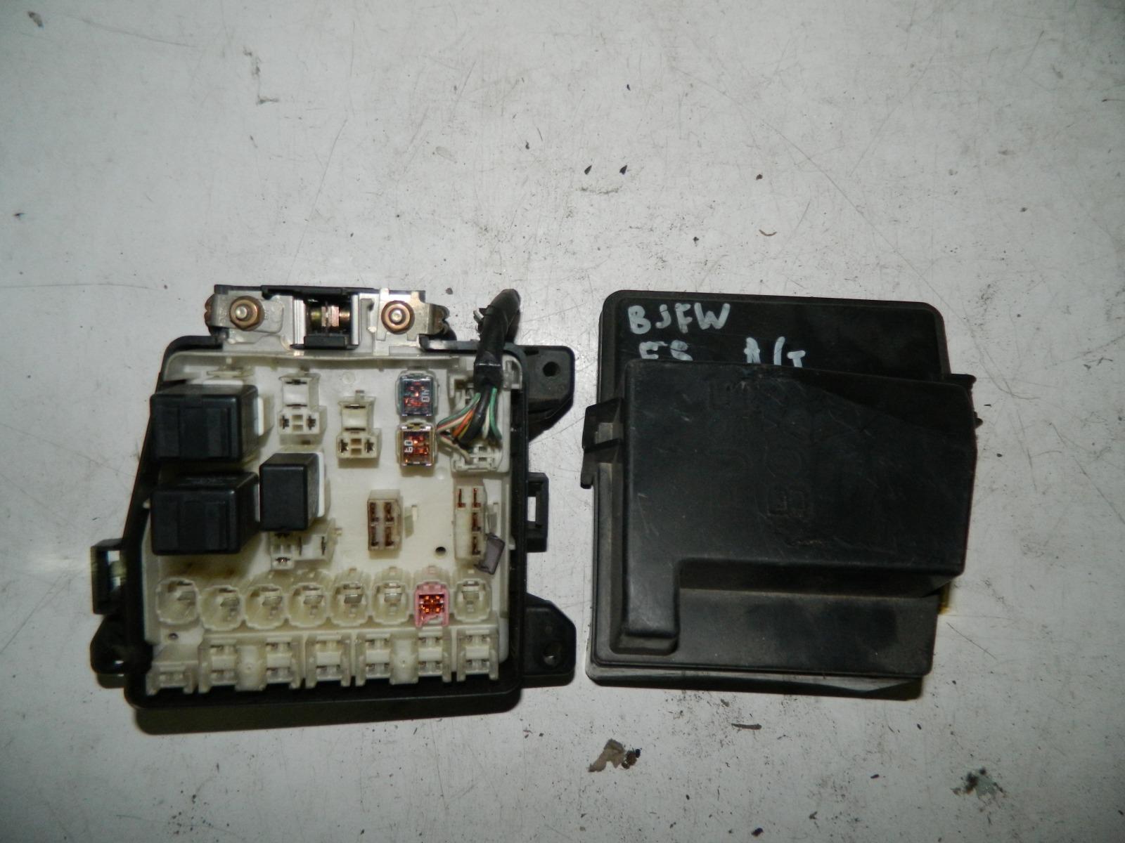 Блок предохранителей Mazda Familia BJFW FS (б/у)