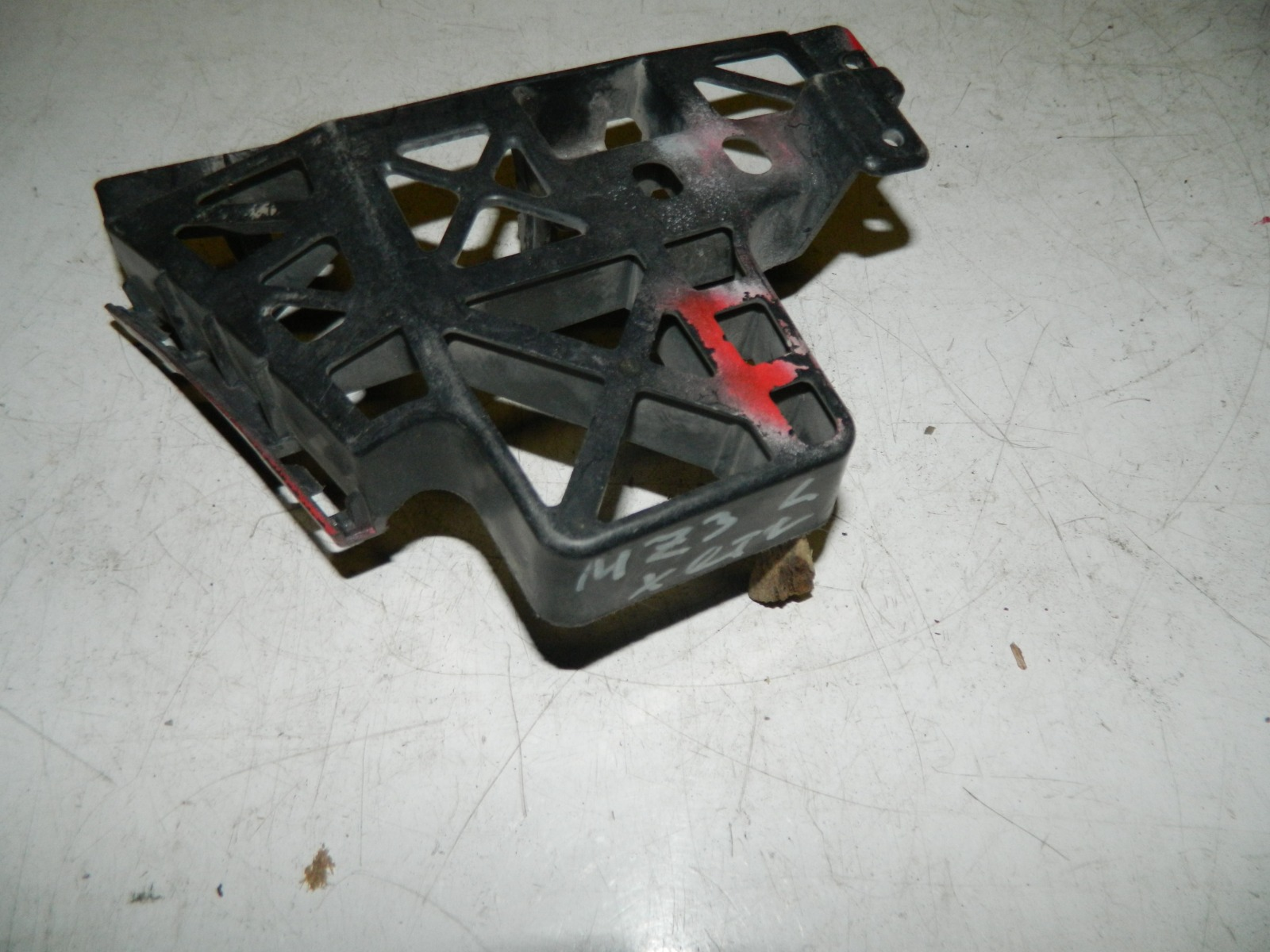 Крепление бампера Mazda 3 BK заднее левое (б/у)