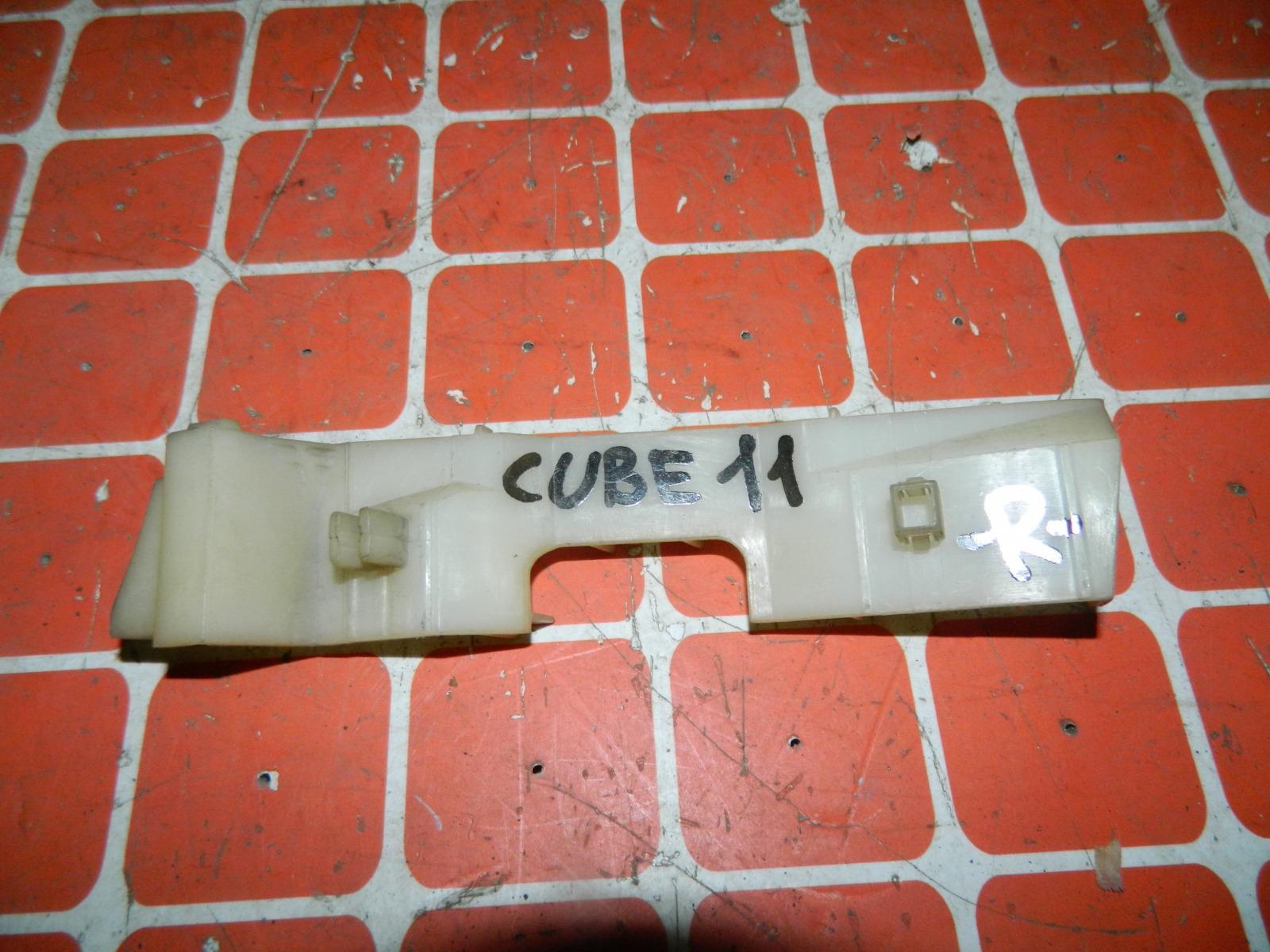 Крепление бампера Nissan Cube BZ11 переднее правое (б/у)
