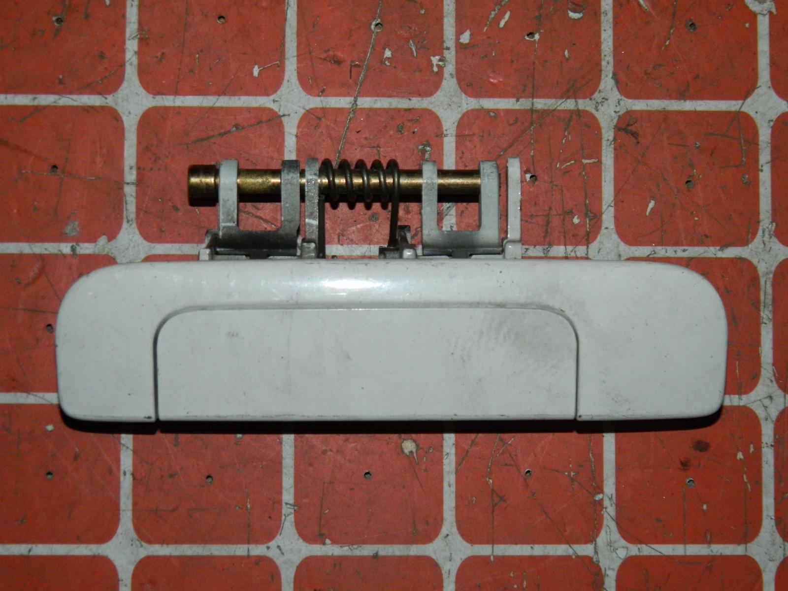 Ручка двери внешняя Toyota Opa ZCT10 задняя левая (б/у)
