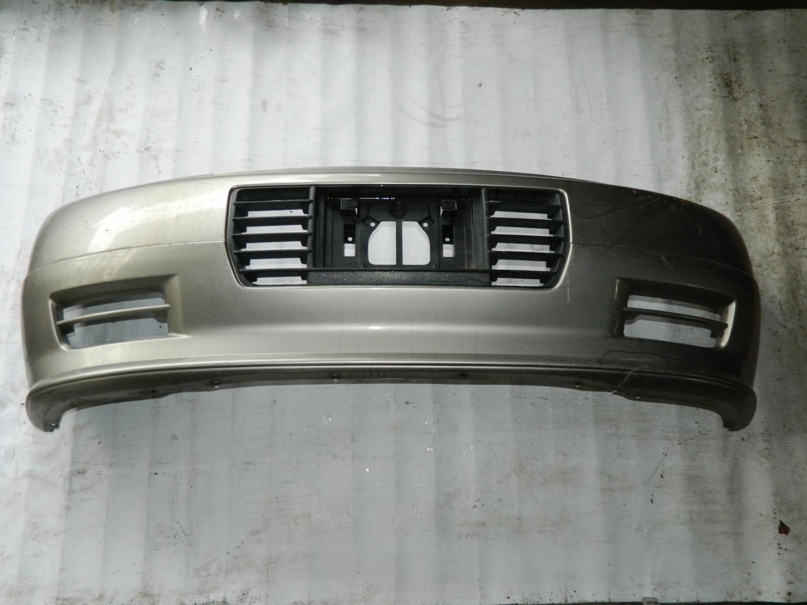 Бампер Nissan Elgrand ALE50 передний (б/у)