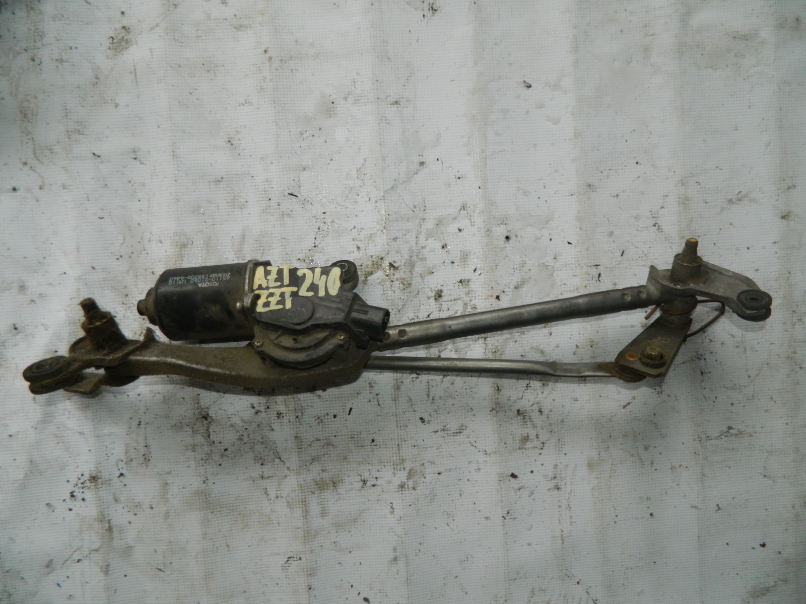 Мотор дворников Toyota Premio ZZT240 (б/у)