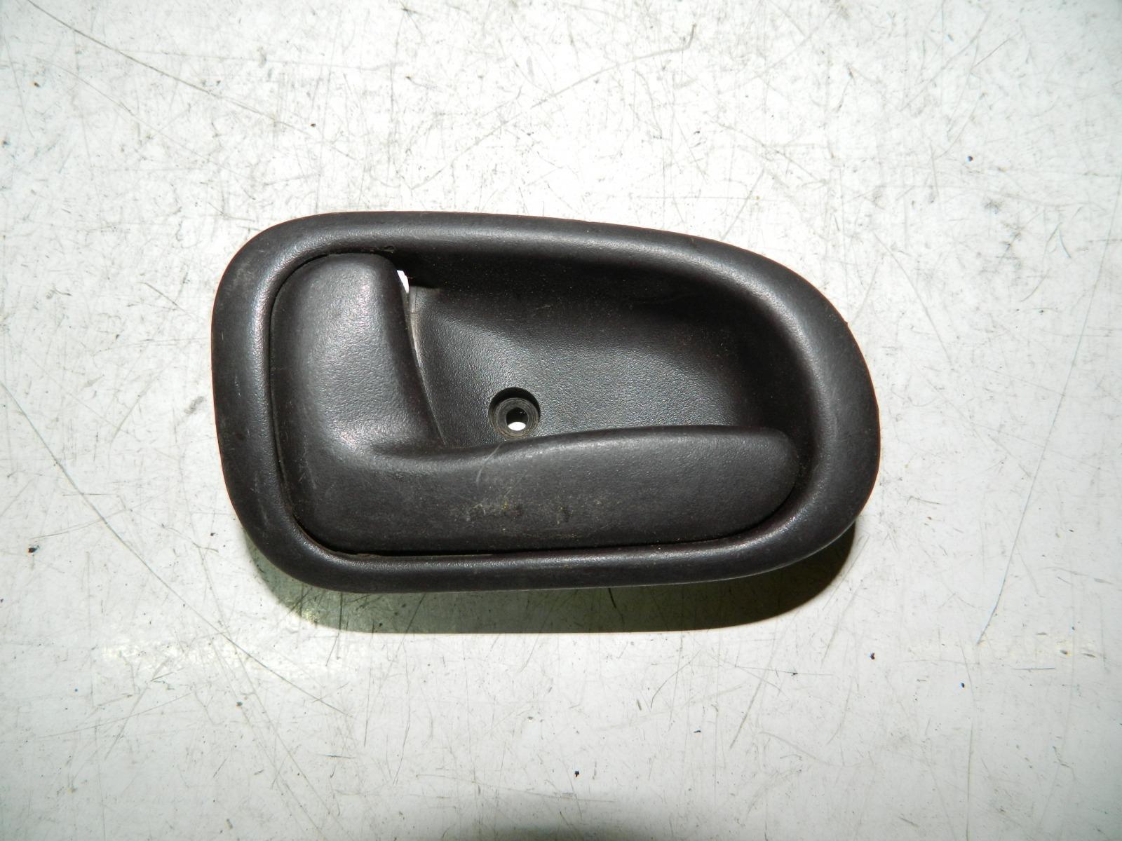 Ручка двери внутренняя Toyota Corolla AE100 передняя левая (б/у)