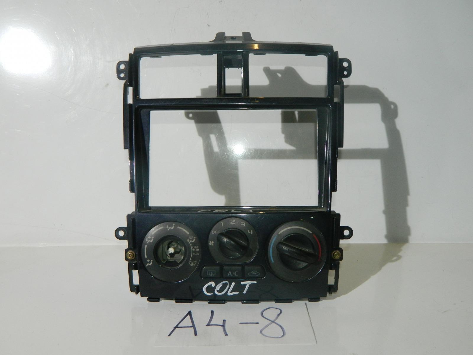 Консоль климат-контроля Mitsubishi Colt Z25A (б/у)