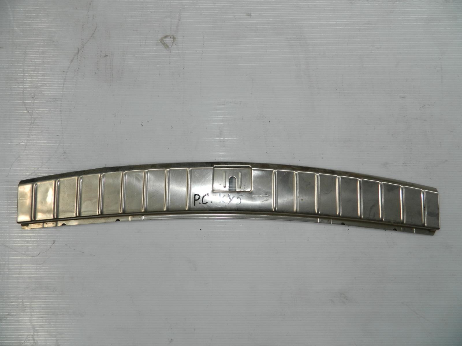 Накладка замка багажника Porsche Cayenne 955 (б/у)