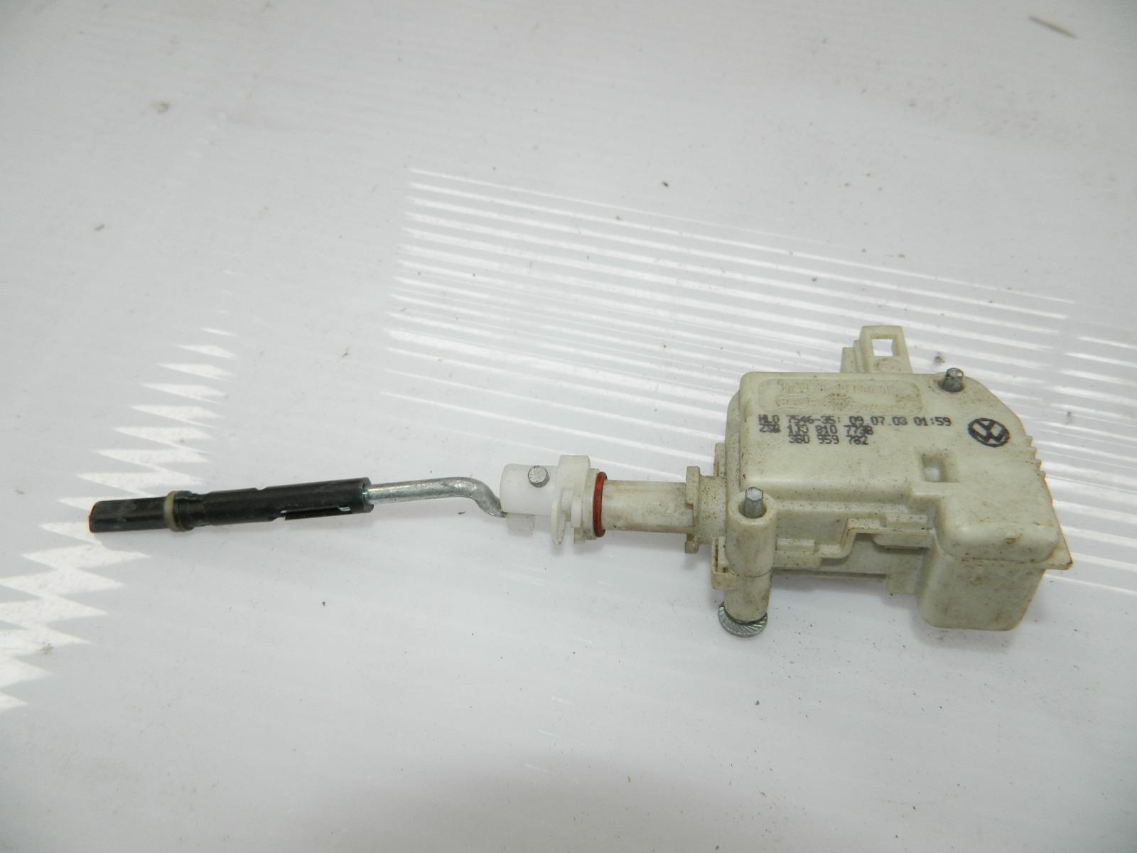 Активатор замка крышки бензобака Porsche Cayenne 955 (б/у)