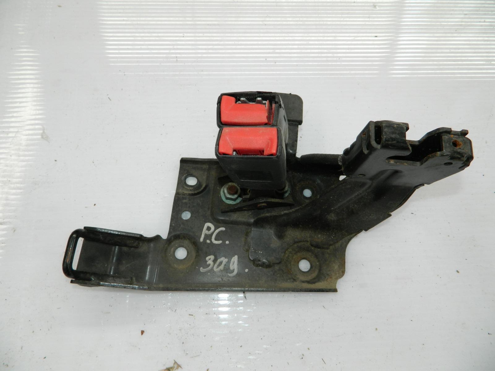 Ответная часть ремня безопасности Porsche Cayenne 955 (б/у)