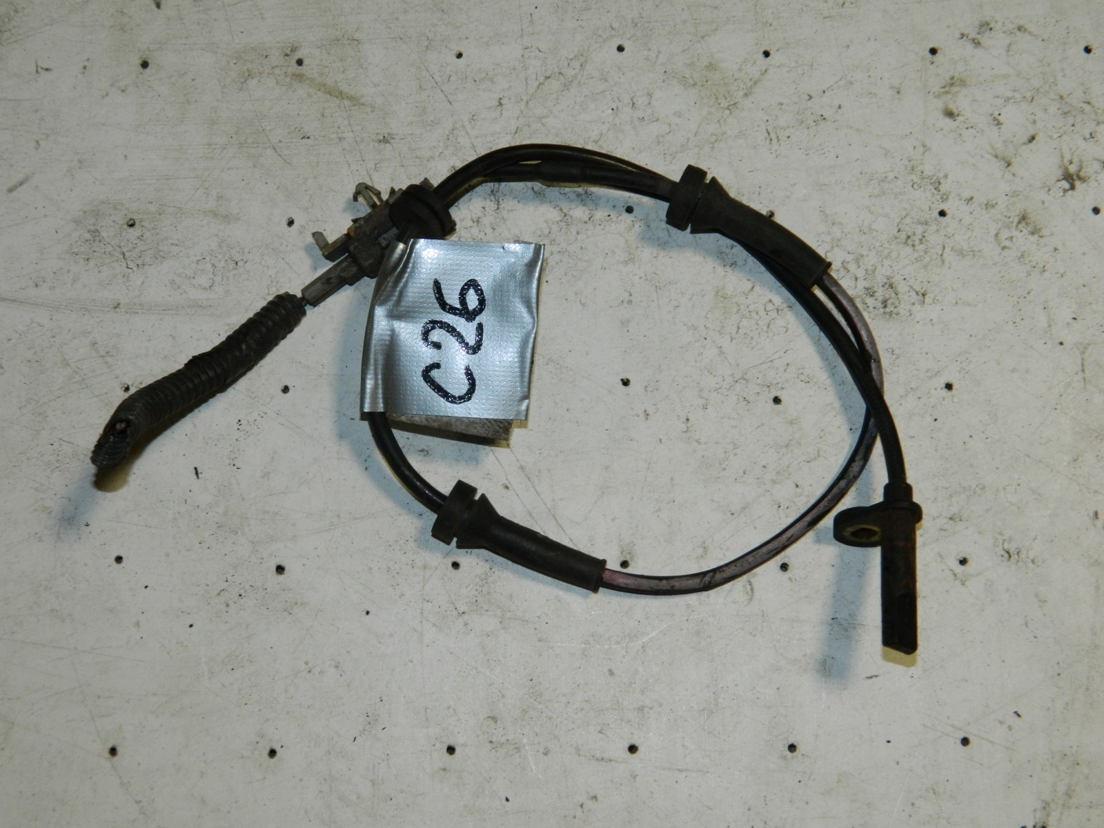Датчик abs Nissan Serena C26 (б/у)