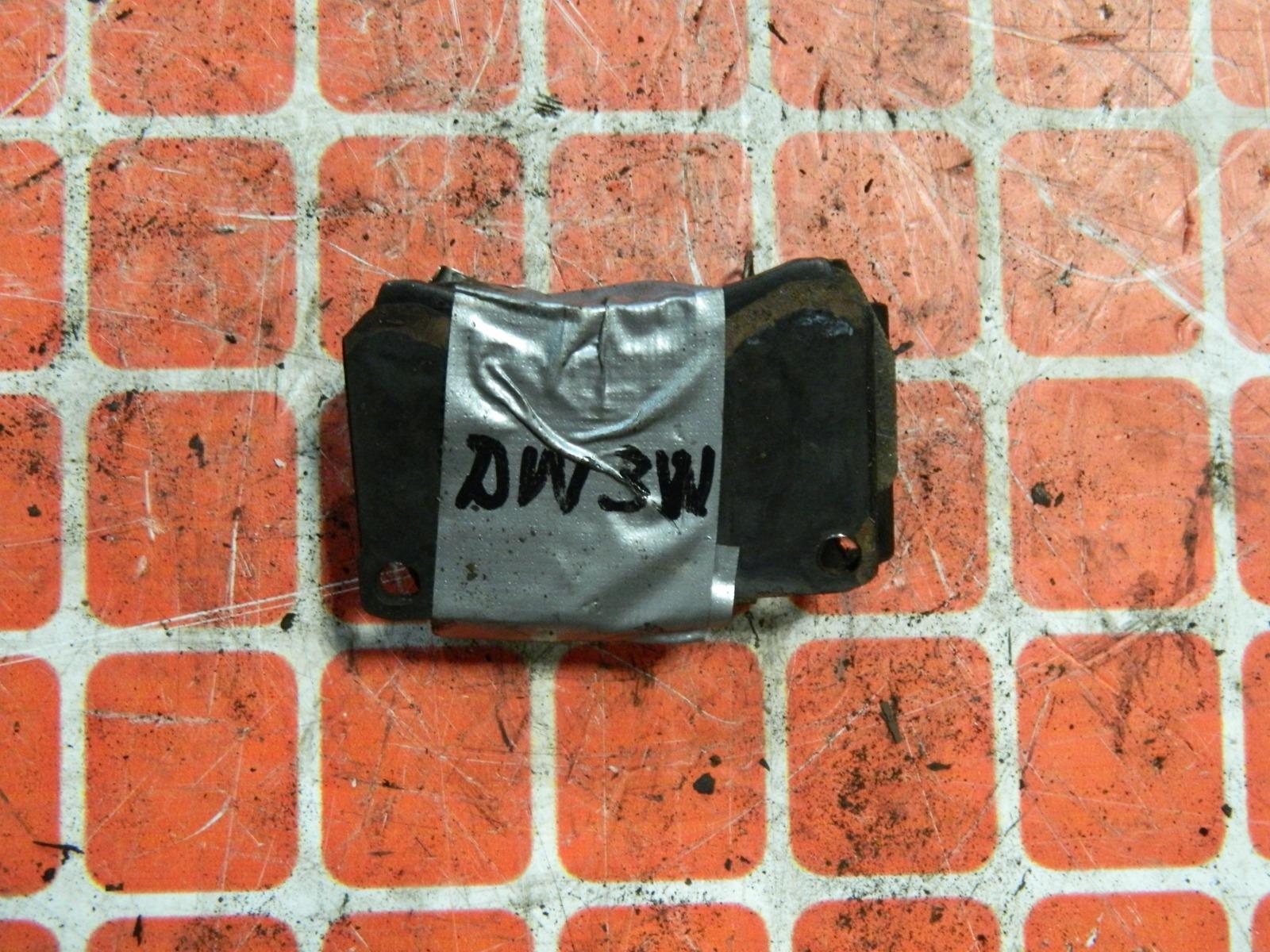 Тормозные колодки Mazda Demio DW3W переднее (б/у)