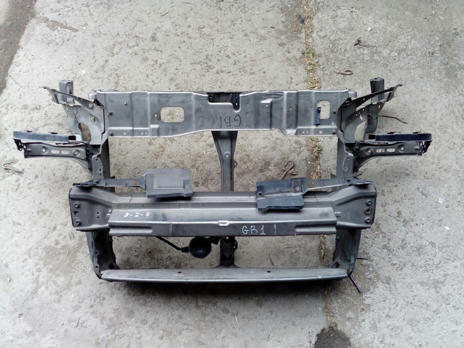 Рамка радиатора Honda Mobilio GB1 (б/у)