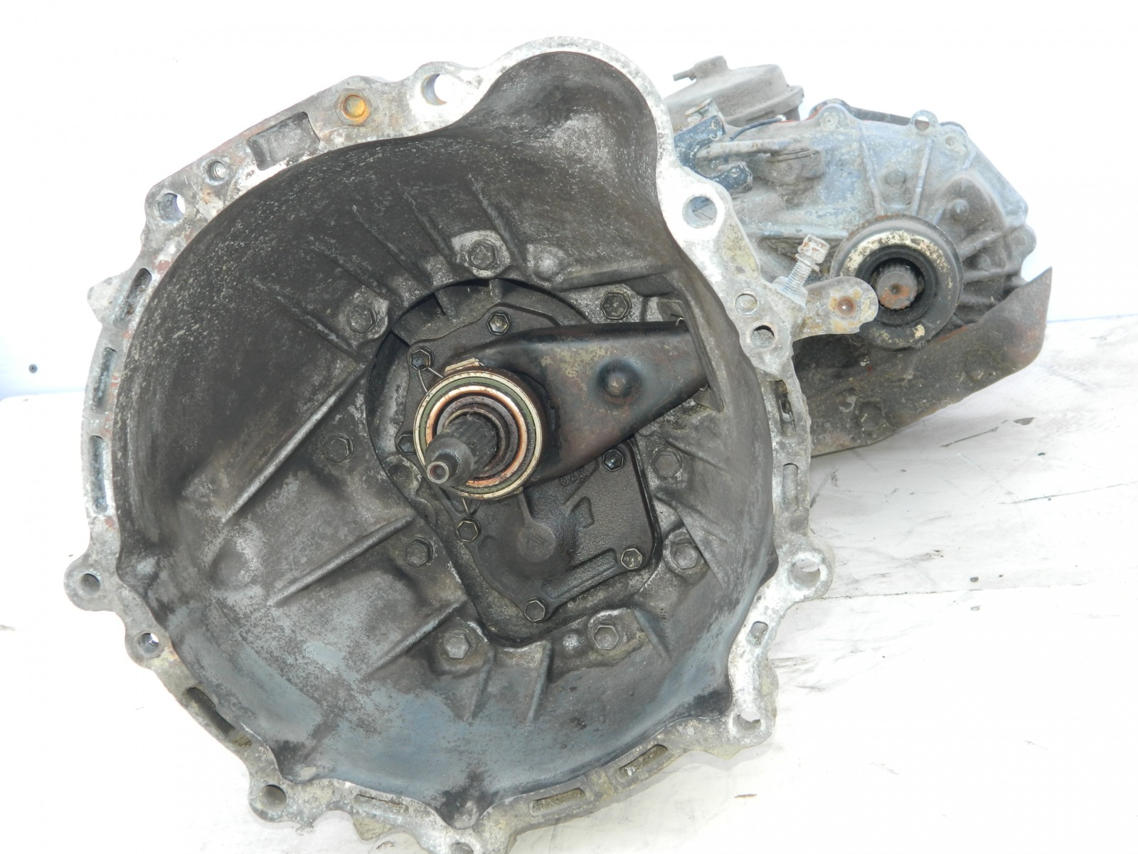 Мкпп Toyota Hiace 3L (б/у)