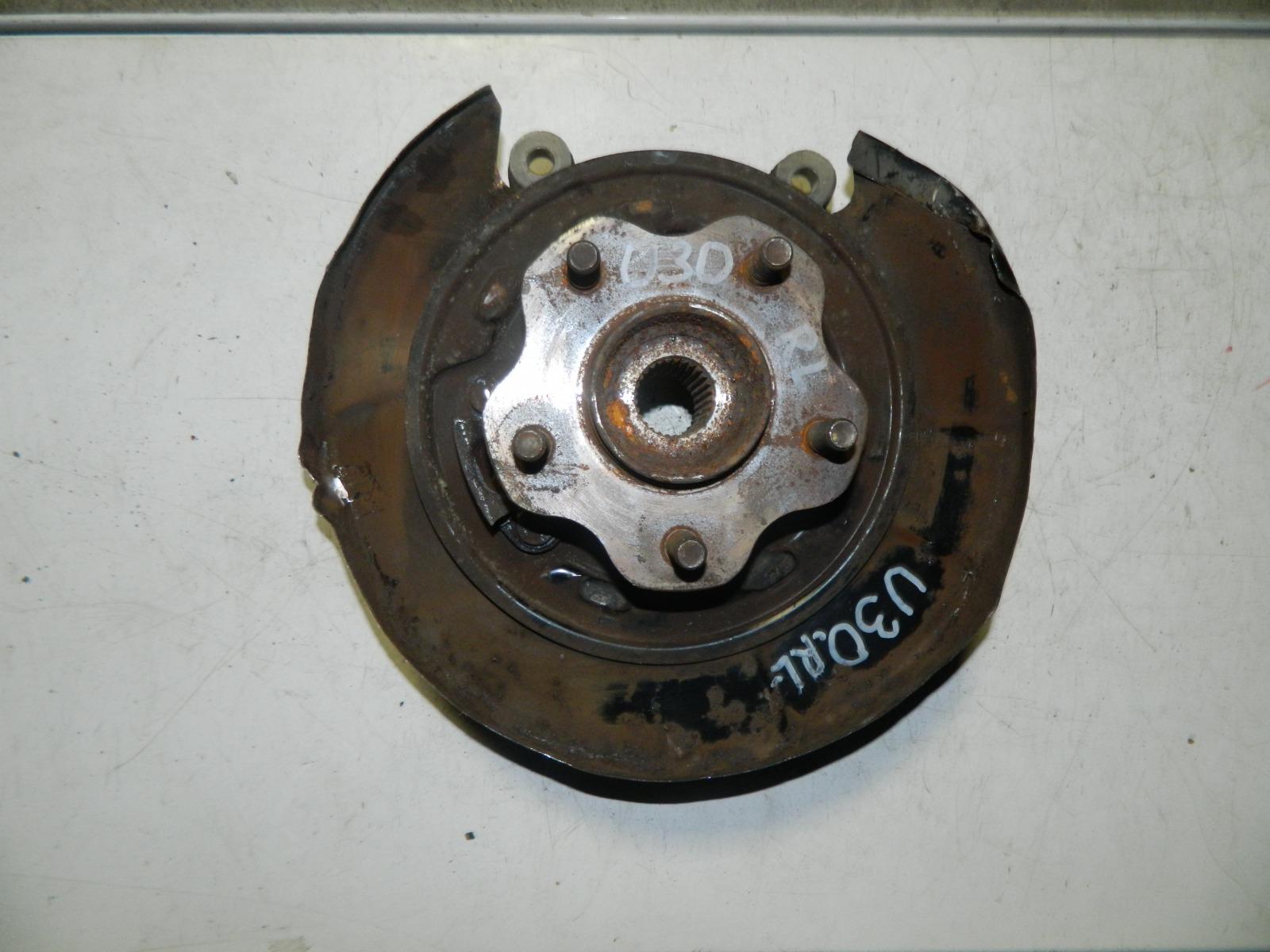 Ступица Nissan Presage U30 задняя левая (б/у)