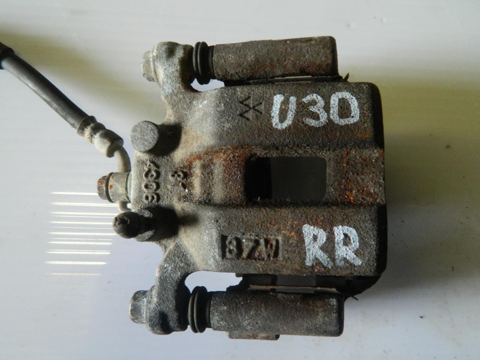 Суппорт Nissan Presage U30 задний правый (б/у)
