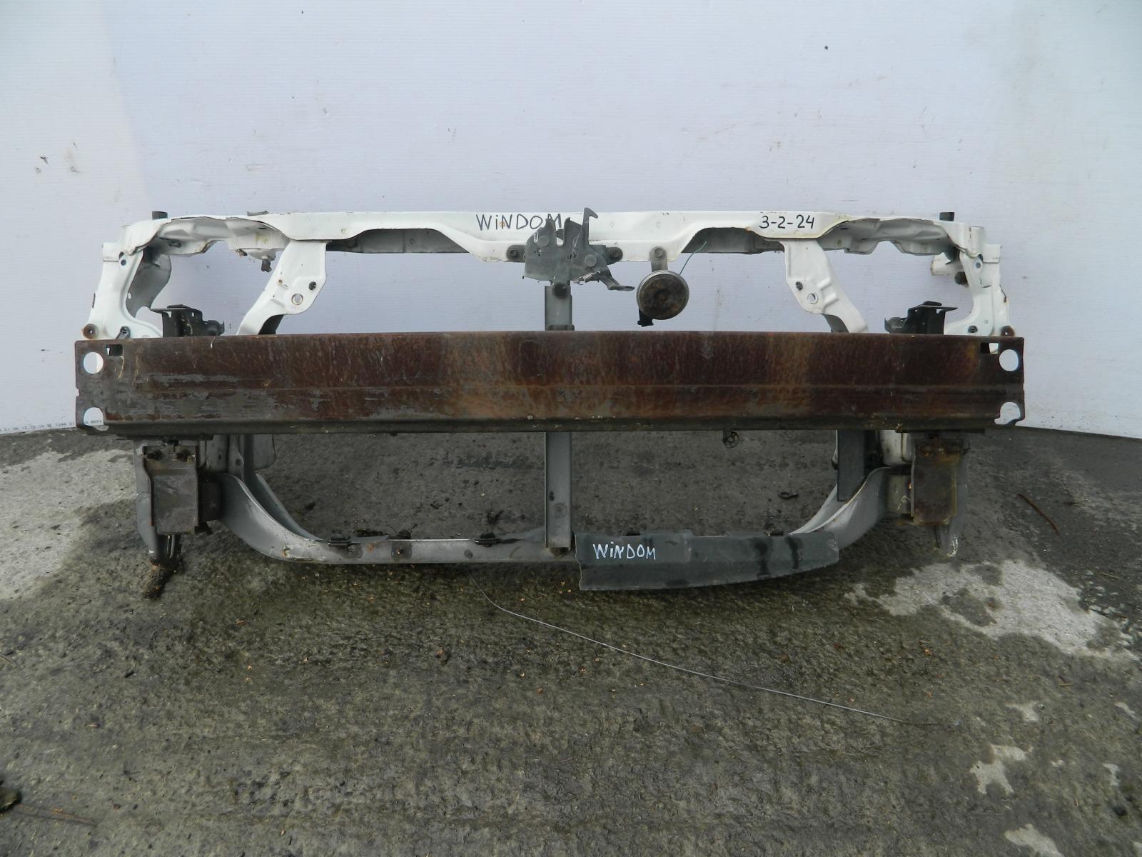 Рамка радиатора Toyota Windom MCV21 (б/у)