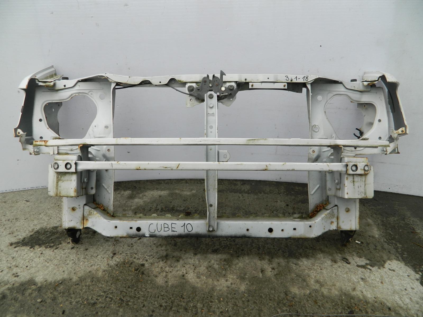 Рамка радиатора Nissan Cube Z10 (б/у)