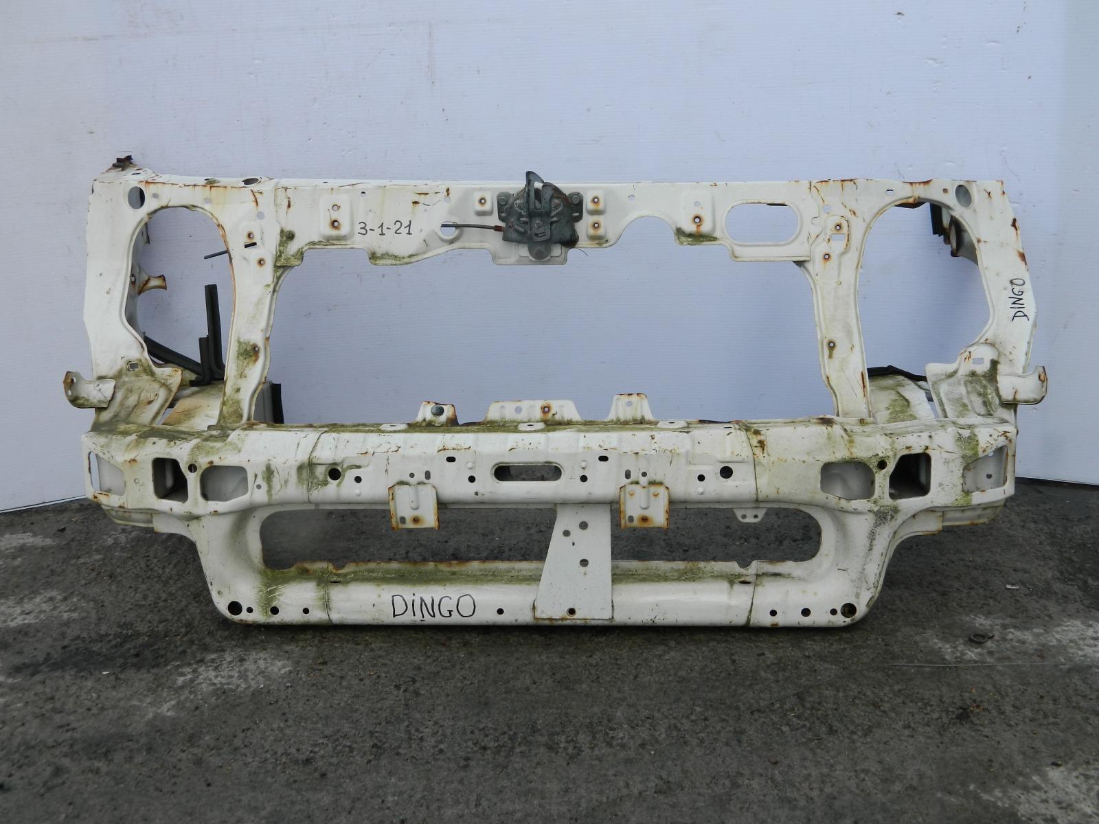 Рамка радиатора Mitsubishi Dingo CQ2A (б/у)