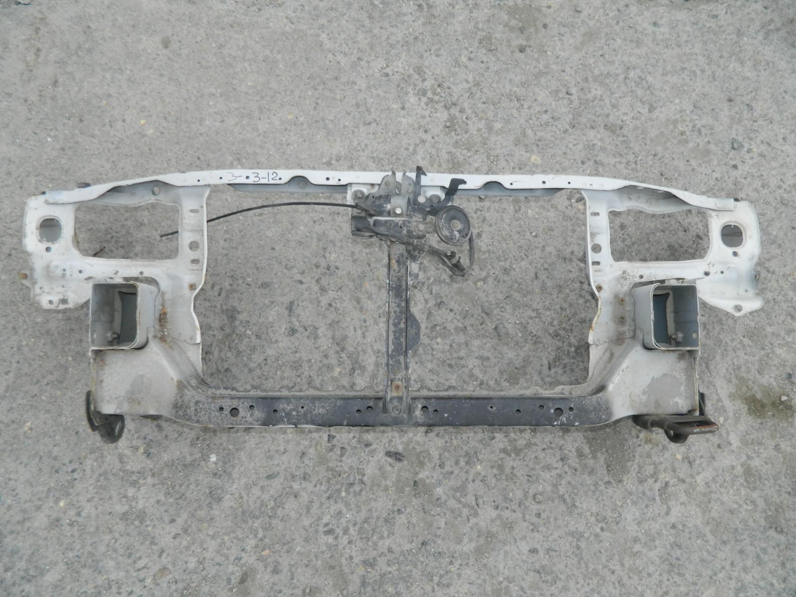 Рамка радиатора Nissan Pulsar B15 (б/у)