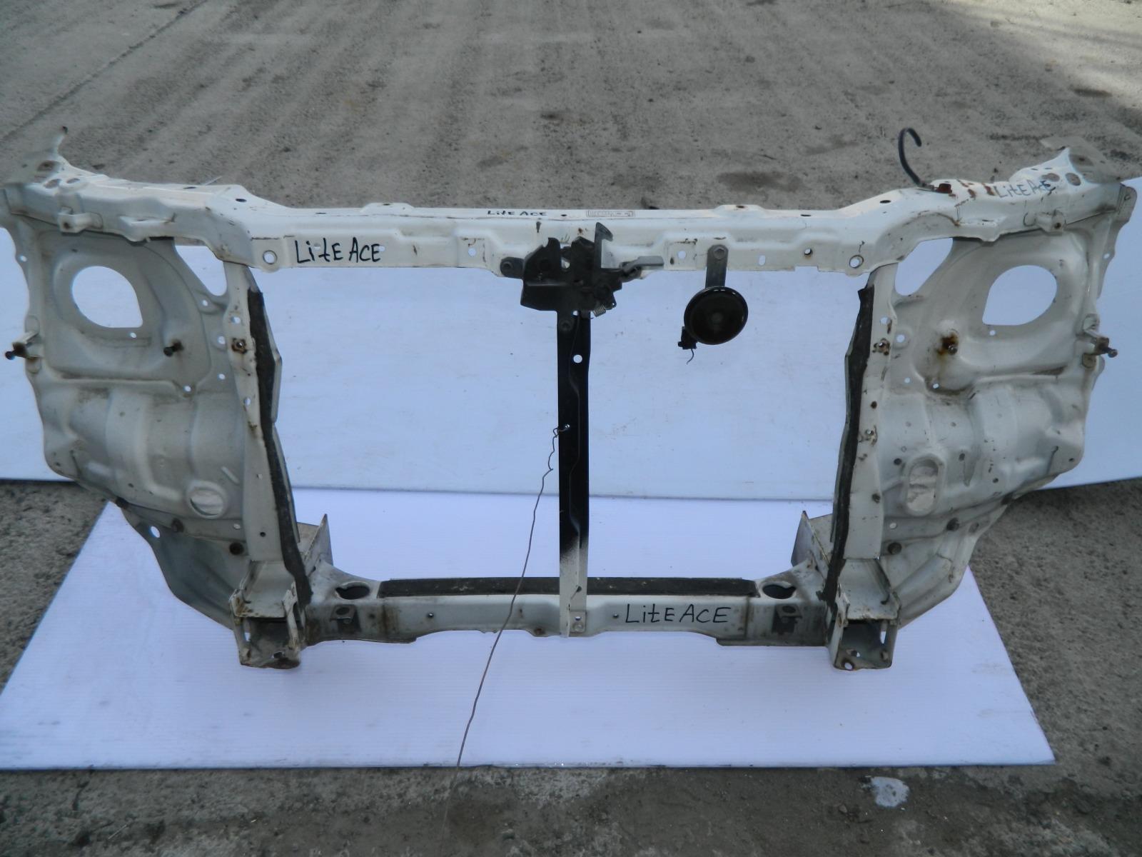 Рамка радиатора Toyota Lite Ace CM30 (б/у)