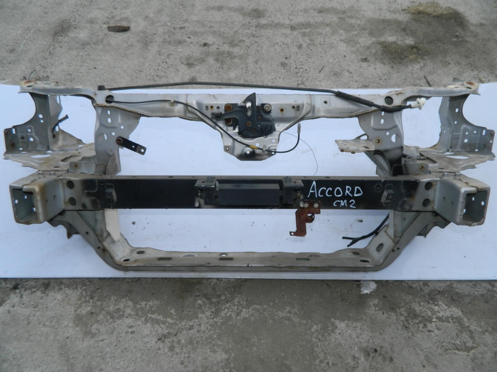 Рамка радиатора Honda Accord CM2 (б/у)