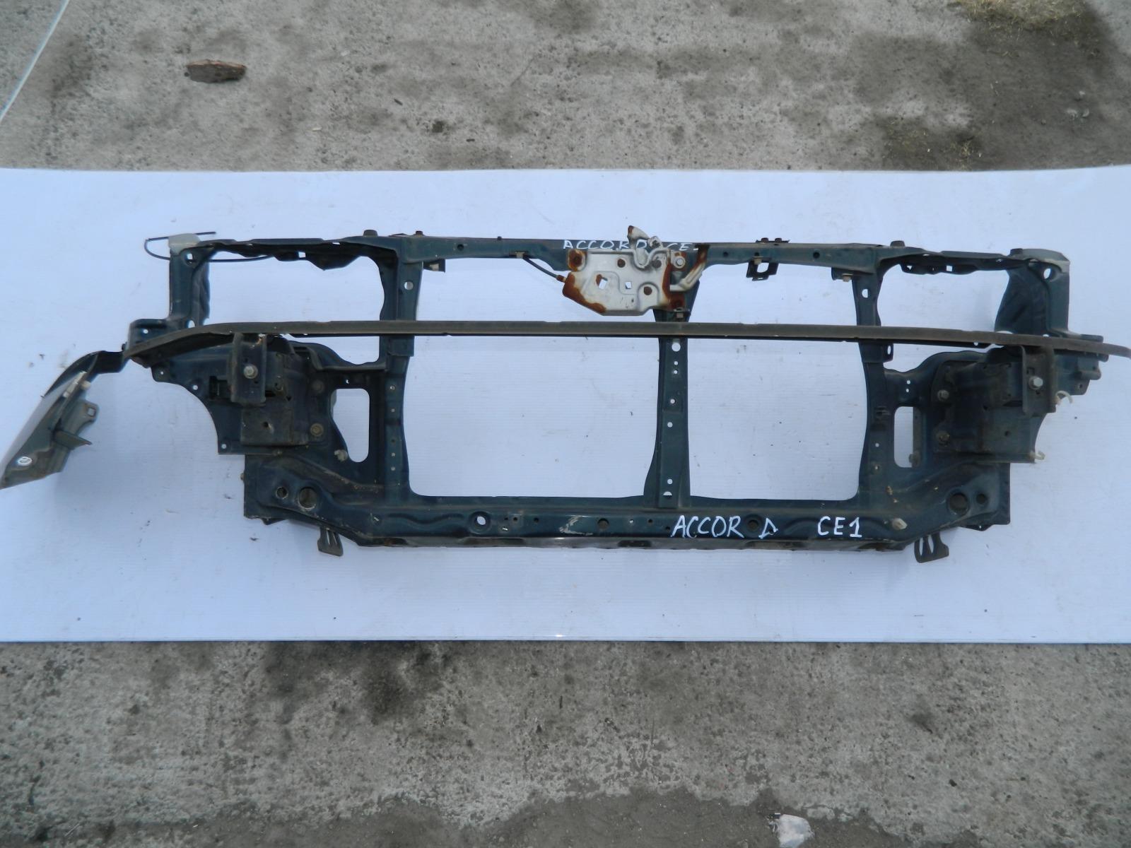 Рамка радиатора Honda Accord CE1 (б/у)