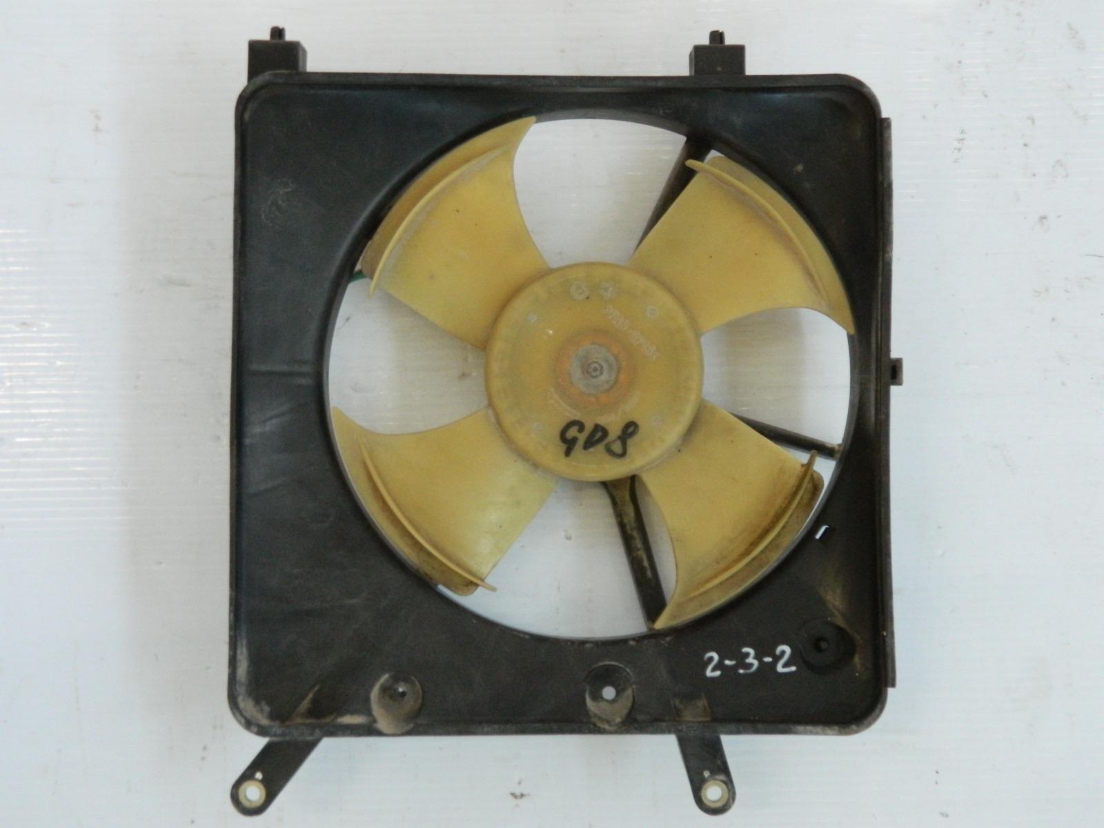 Диффузор радиатора Honda Fit Aria GD8 (б/у)