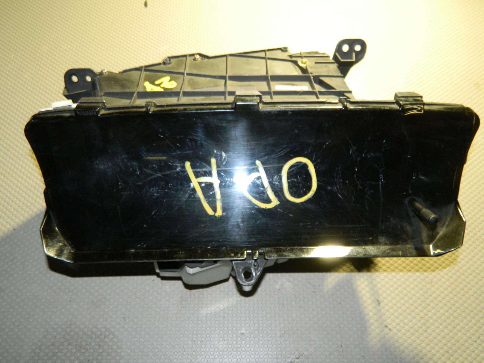 Панель приборов Toyota Opa ACT10 (б/у)