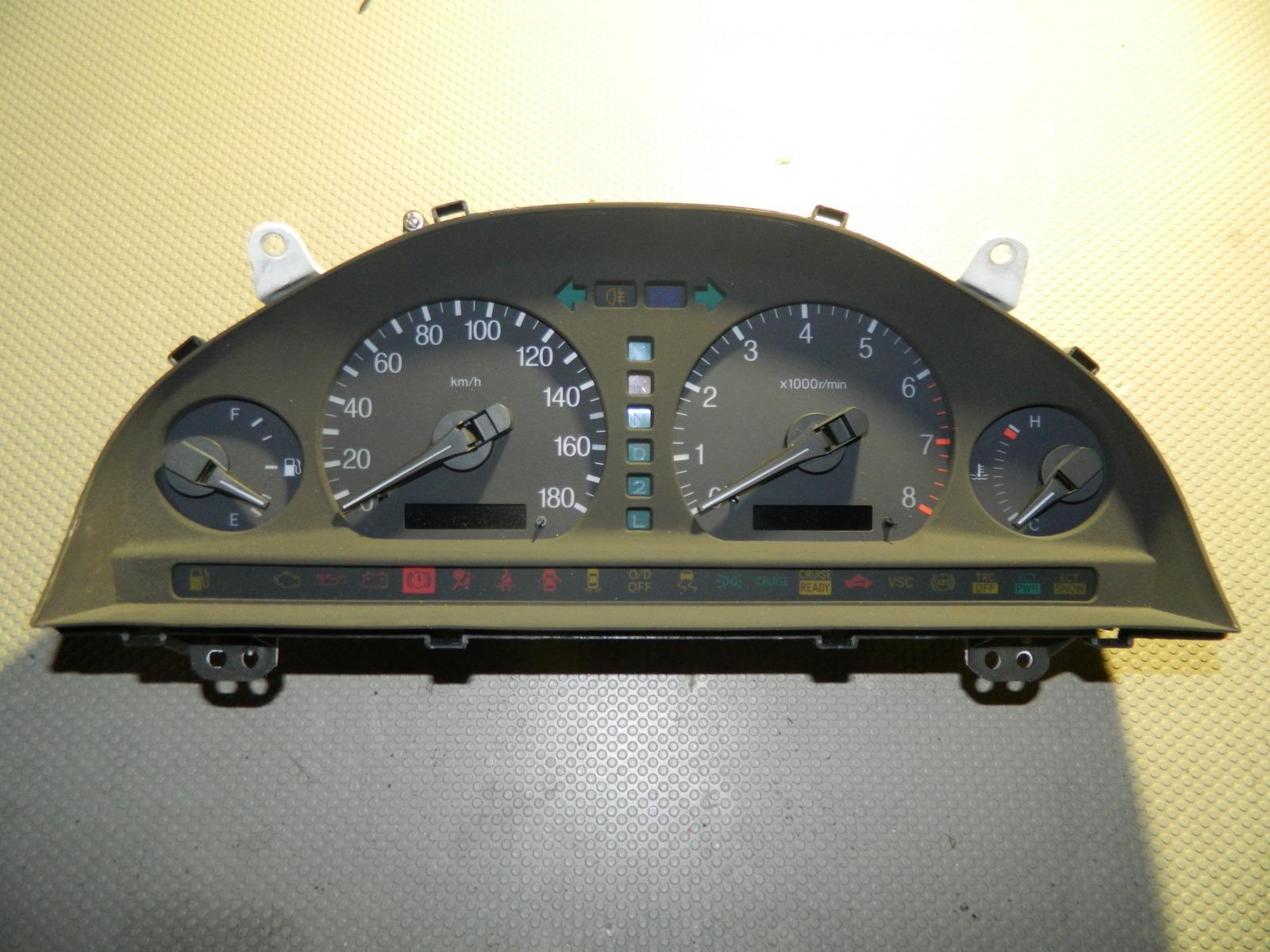 Панель приборов Toyota Progres JCG10 (б/у)
