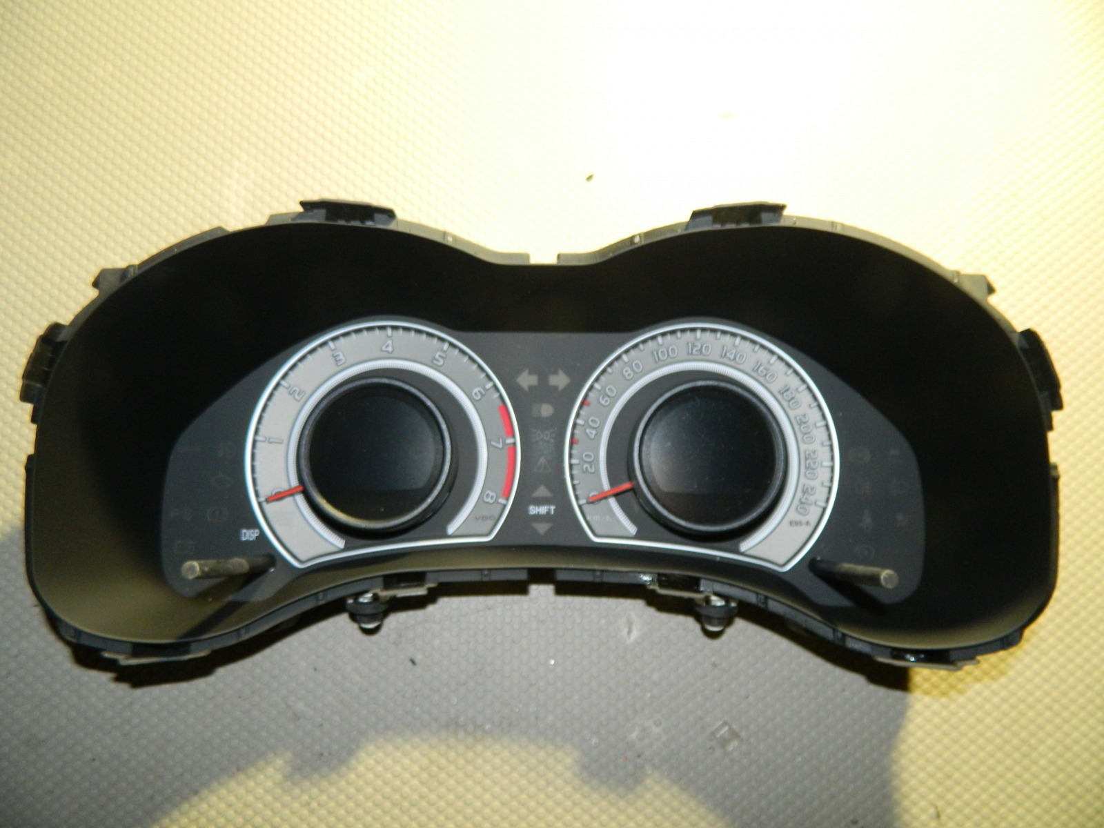 Панель приборов Toyota Corolla ZZE150 (б/у)