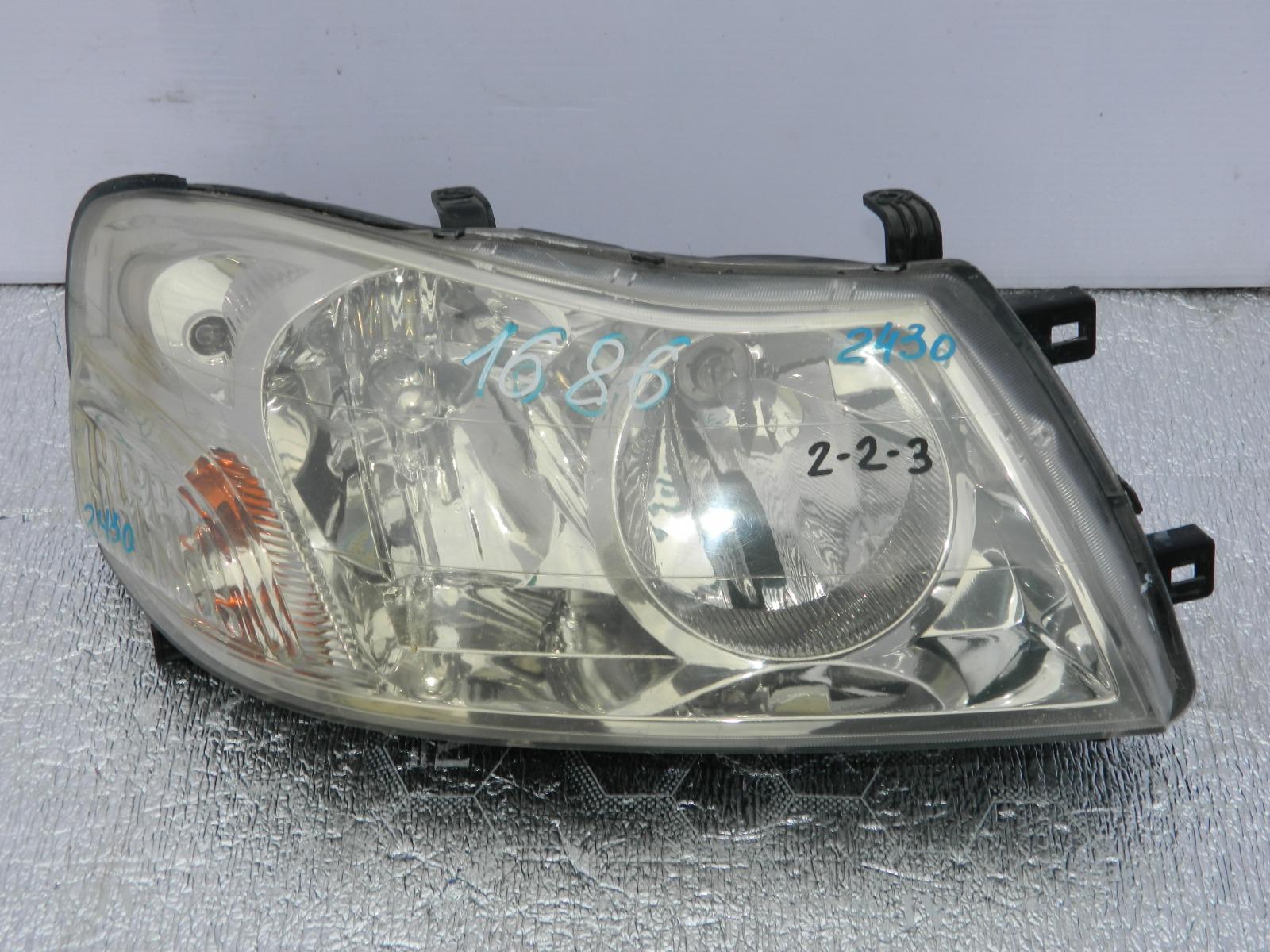 Фара Nissan Liberty PM12 передняя правая (б/у)