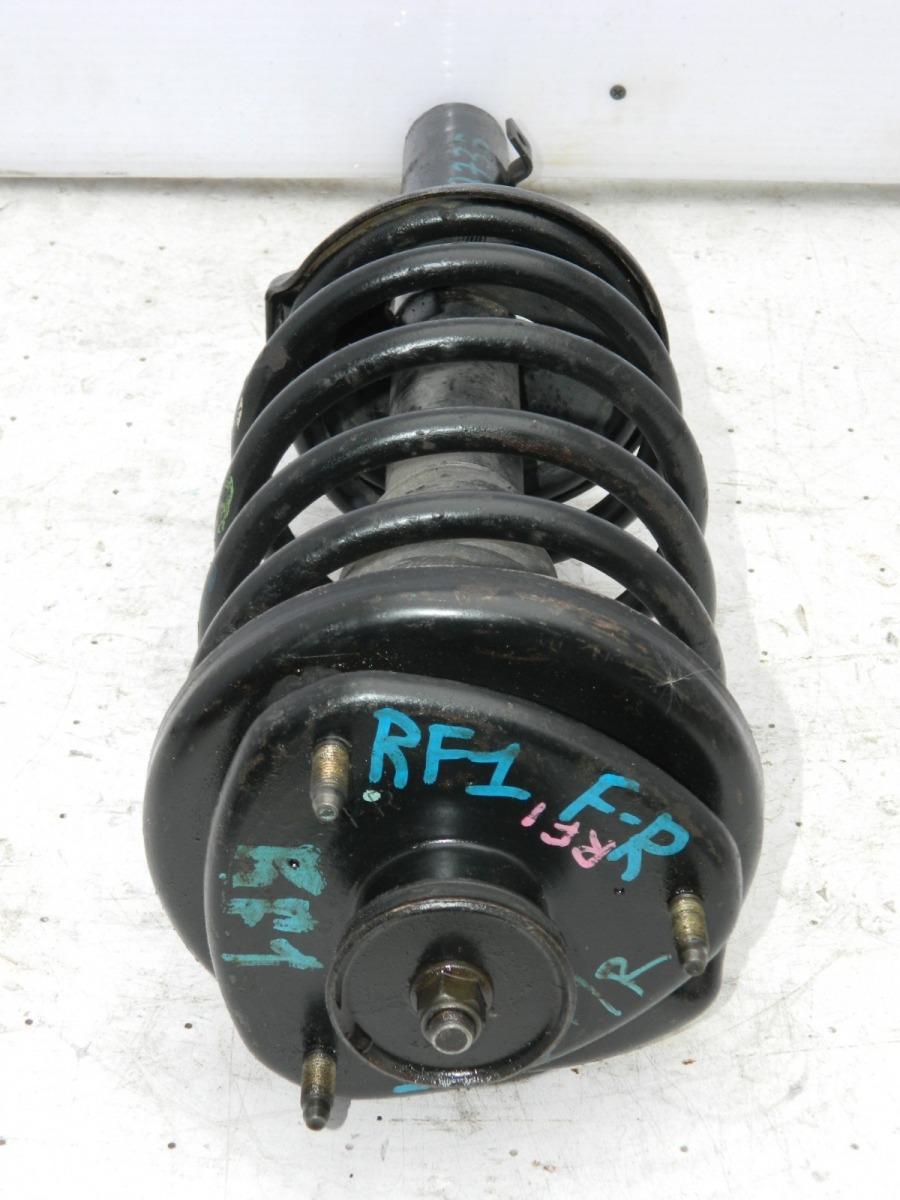Стойка подвески Honda Stepwgn RF1 передняя правая (б/у)
