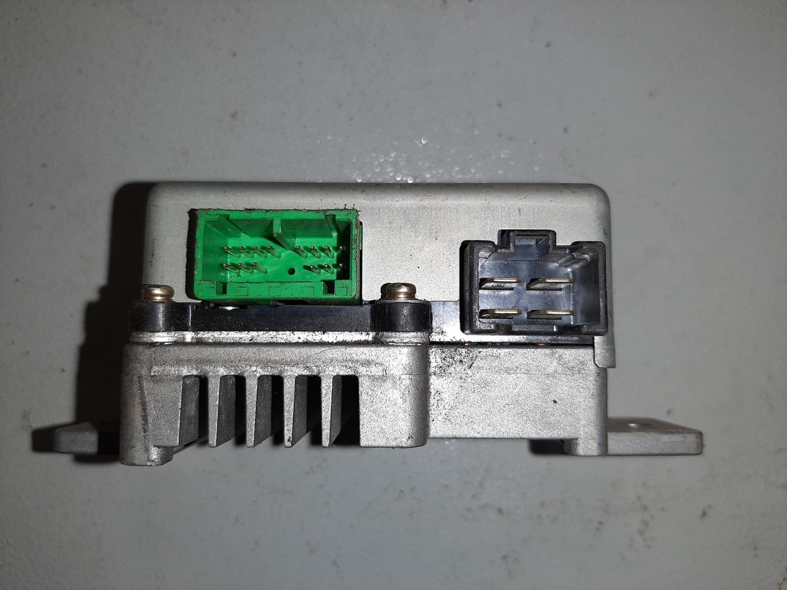 Блок управления Honda Fit GD2 (б/у)