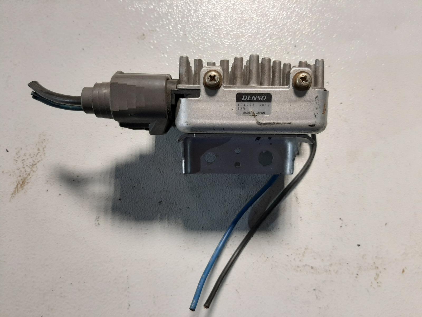 Блок управления вентилятором Mitsubishi Galant EA1A 4G63 (б/у)