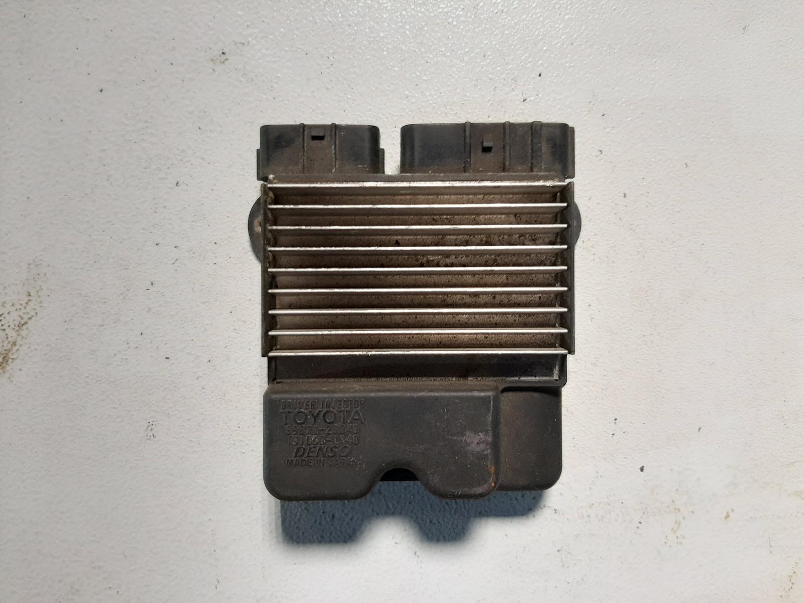 Блок управления форсунками Toyota Rav4 ACA20 1AZFSE (б/у)