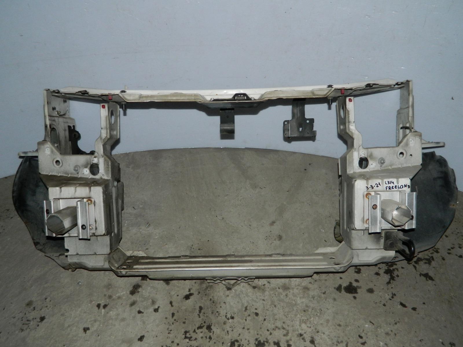Рамка радиатора Land Rover Freelander L314 (б/у)