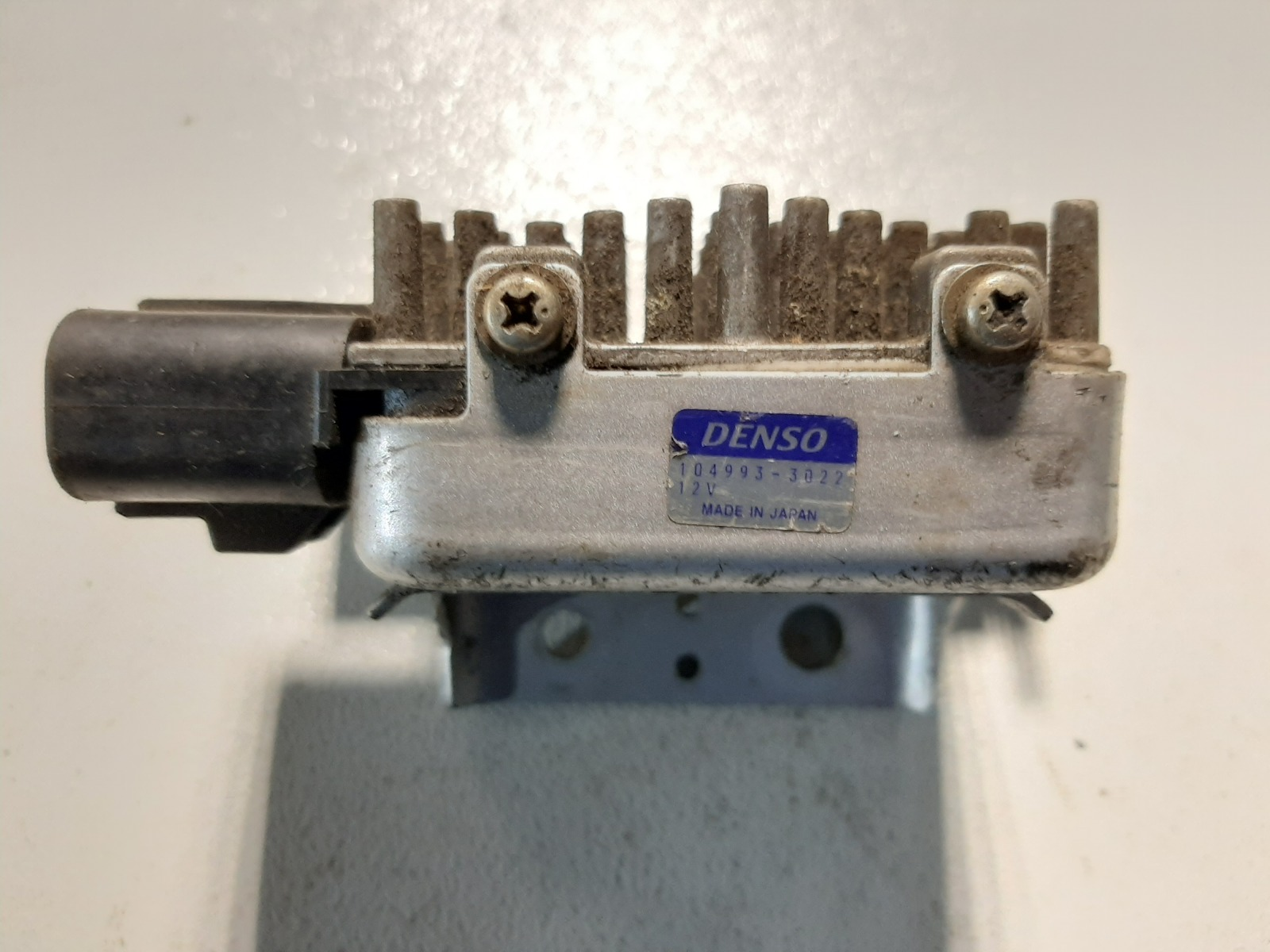 Блок управления вентилятором Mitsubishi Galant EA1A 4G93 (б/у)
